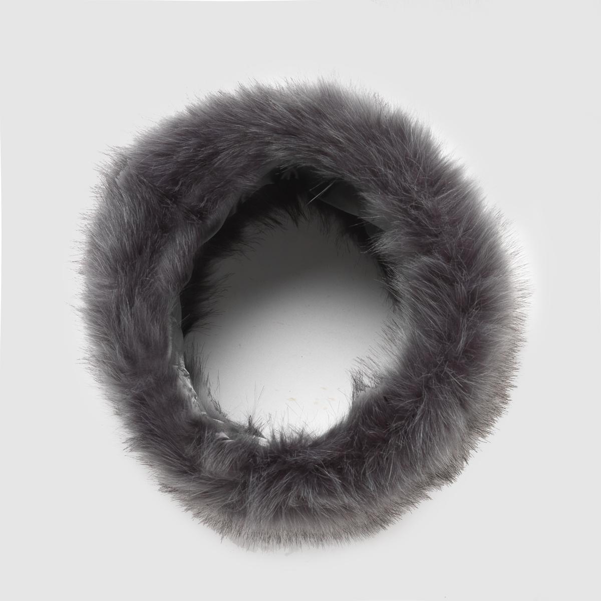 Шарф снуд из искусственного мехаШарф снуд R studio. Комфортный и современный шарф снуд из искусственного меха - идеальный стиль, чтобы сделать Ваш образ элегантным в этом сезоне.Состав и описаниеМатериал : 100% синтетикаРазмер : Ш.34 x В.16 смМарка : R studio<br><br>Цвет: зеленый,серый<br>Размер: единый размер.единый размер