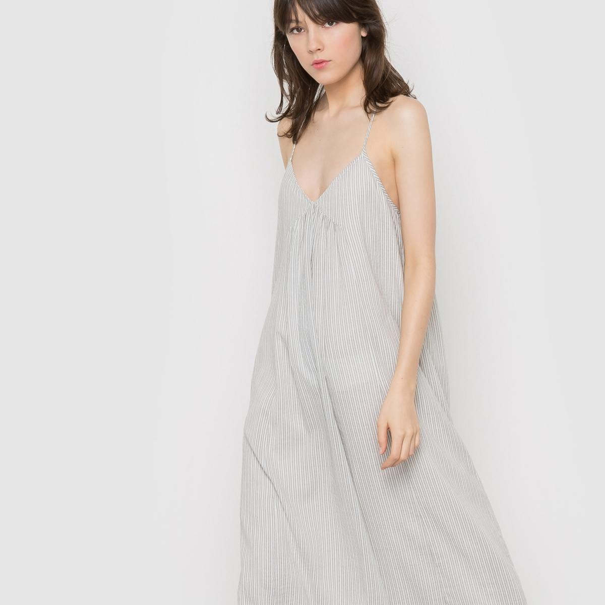 Платье длинное из хлопкаДлинное платье на тонких бретелях, открытая спина . Эластичная спинка. Складки под грудью. Длина ок.115 см.                   Состав и описание           Материал 100%  хлопка          Подкладка  100% хлопка           Marque R  ESSENTIELS          Уход          стирать при 30°C.<br><br>Цвет: в полоску<br>Размер: 48 (FR) - 54 (RUS).44 (FR) - 50 (RUS)