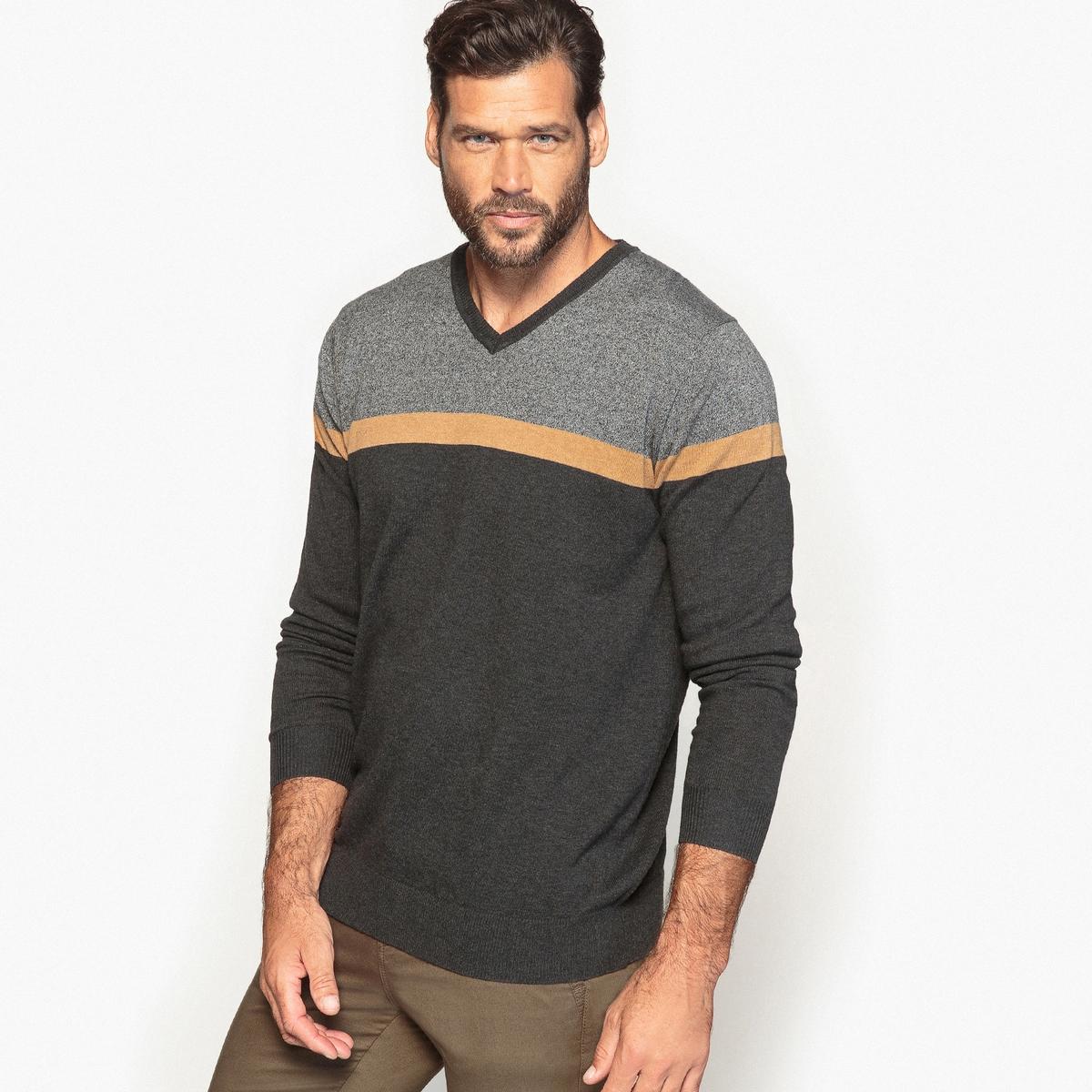 Пуловер с V-образным вырезомОригинальный пуловер с V-образным вырезом в стиле  color block. Графичный пуловер с V-образным вырезом легко подойдет к любому наряду.Детали   •  Длинные рукава •   V-образный вырез •  Тонкий трикотаж Состав и уход   •  70% акрила, 30% хлопка •  Температура стирки 30° на деликатном режиме   •  Сухая чистка и отбеливание запрещены •  Сушить на горизонтальной поверхности •  Низкая температура глажкиТовар из коллекции больших размеров<br><br>Цвет: серый меланж/антрацит<br>Размер: 70/72.62/64