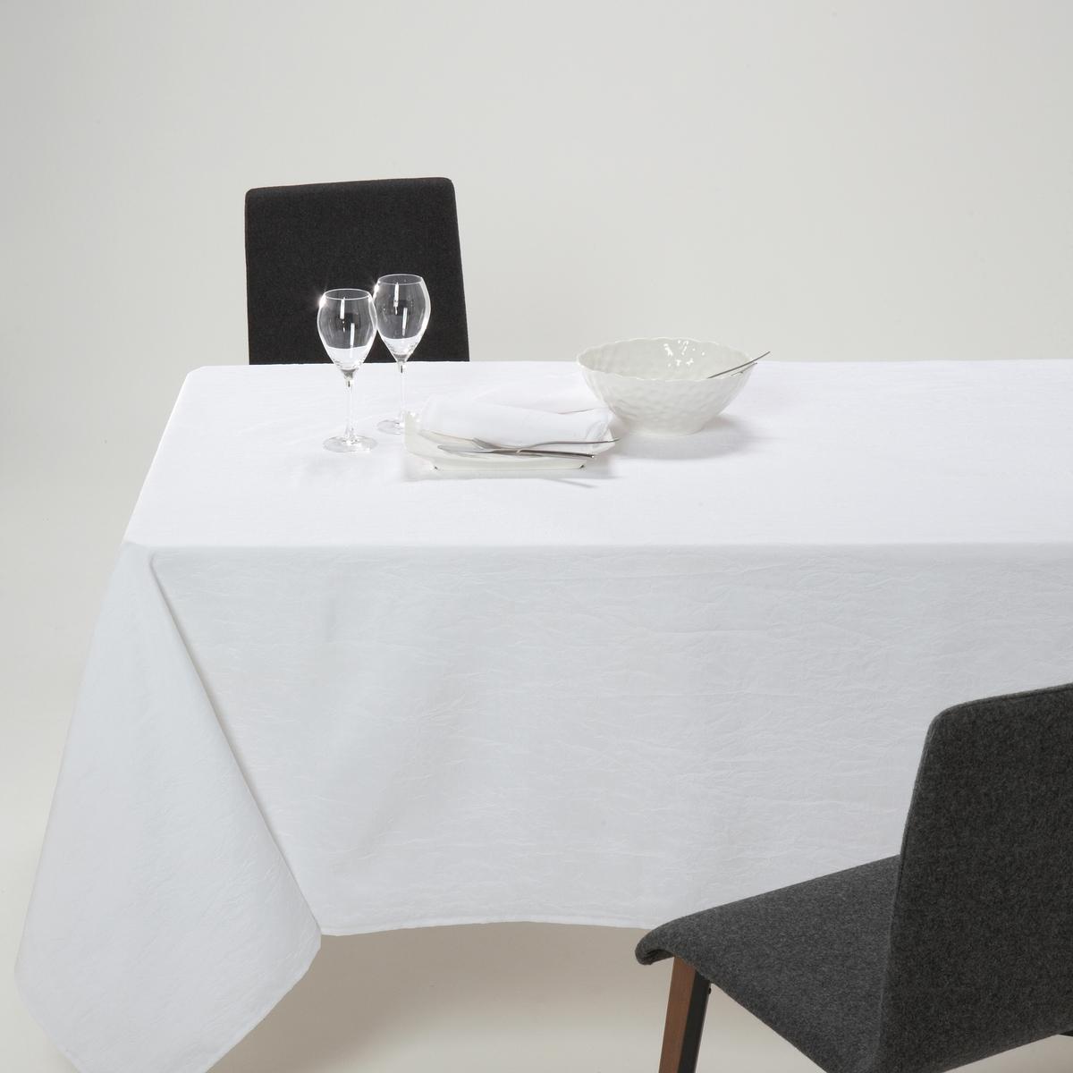 Скатерть CERYAS, из полиэстера с эффектом жатой ткани..Скатерть CERYAS, из полиэстера с эффектом жатой ткани. Скатерть украсит Ваш стол, она проста в уходе: полиэстер с эффектом жатой ткани высыхает за 5 минут и не требует глажки!Характеристики:Материал: 100% полиэстера.Уход: машинная стирка при 40°С.Отделка: подрубленный край с прострочкойВысыхает за 5 минут. Не гладитьРазмеры:- 150 x 150 см- 150 x 200 см   - 150 x 250 см    - 180 x 235 см    (овальная)- 180 x 285 см      (овальная)Есть и круглая скатерть диаметром 180 см на сайте la Redoute.ru.<br><br>Цвет: антрацит,белый,красный,серо-коричневый каштан,Серо-синий,серый,экрю<br>Размер: 150 x 250  см.150 x 300.150 x 250  см.150 x 150  см.150 x 200  см.150 x 300.150 x 150  см.180 x 235 см.180 x 235 см.180 x 285 см.180 x 235 см.180 x 285 см.180 x 235 см.150 x 300.150 x 300
