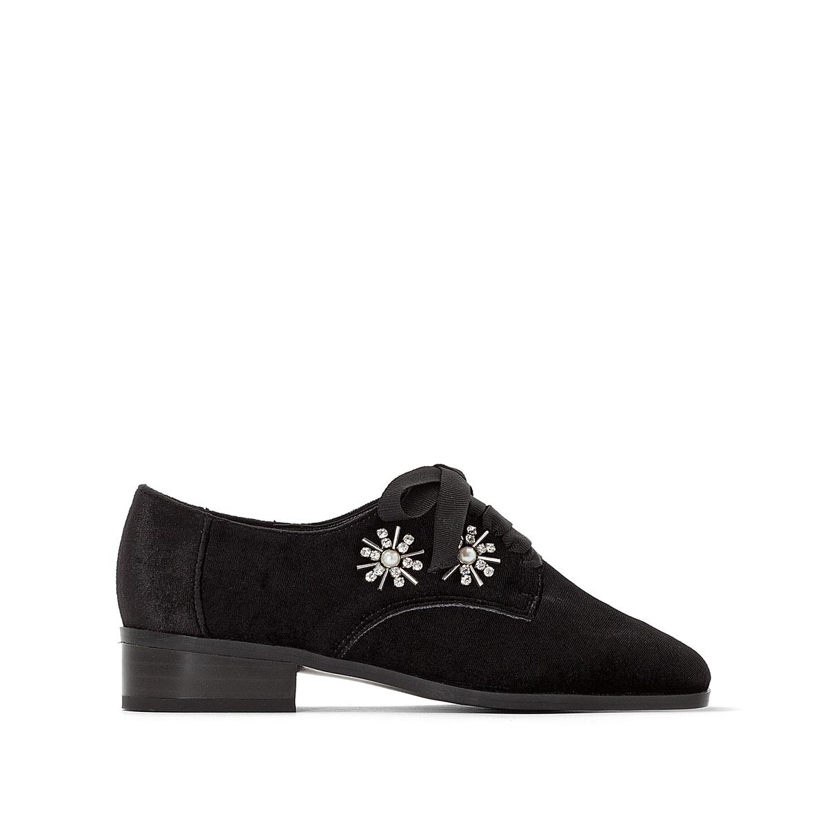 Ботинки-дерби с украшением
