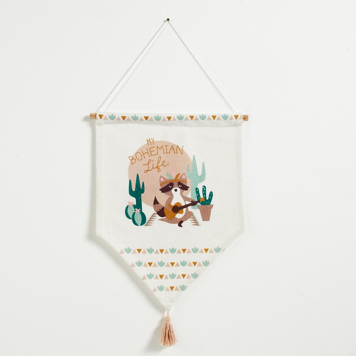Коврик настенный детский TissarКоврик для декора детской комнаты, Tissar. Коврик из хлопка с рисунком енот-полоскун. Треугольная форма.Характеристики настенного детского коврика Tissar :Коврик из хлопка с кисточкой из шерстиС рисунком Стержневой подвес из сосны Подвесной шнурКронштейн продается отдельноНе стиратьДругие предметы декора для детей вы можете найти на сайте laredoute.ruРазмеры настенного коврика Tissar :Размеры. : 40 x высота 55 см<br><br>Цвет: разноцветный