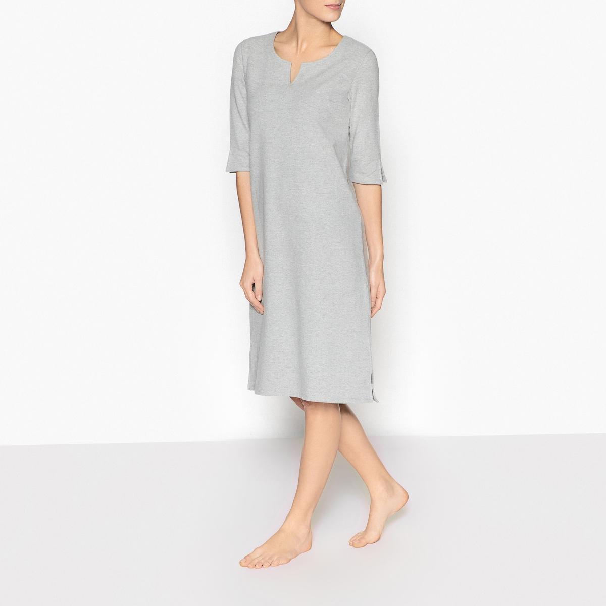 Ночная рубашкаОписание:Очень мягкая ночная рубашка из мольтона, вам будет невероятно косфортно в ней с наступлением вечера . Оригинальная форма .Детали изделия •  Стильная ночная рубашка   •  Круглый вырез с выемкой  . •  Рукава 3/4 со шлицей . •  Шлица снизу по бокам . •  Длина : 110 см.Состав и уход •  Материал : 80% хлопка, 15% вискозы, 5% эластана. •  Машинная стирка при 40°C в деликатном режиме. •  Стирать с вещами схожих цветов. •  Стирать и гладить с изнаночной стороны. •  Гладить при низкой температуре.<br><br>Цвет: серый меланж