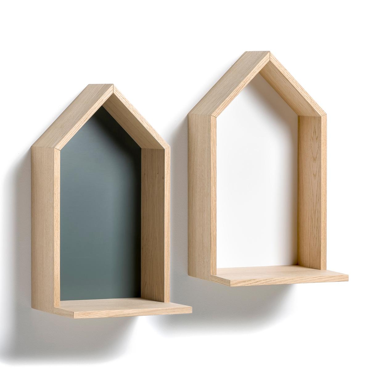 Полка Bosaka, средняя модель, В.45 смПолка в форме домика, навесная . Характеристики :- Из МДФ, покрытого дубовым шпоном, боковые стороны из ДСП, покрытой дубовым шпоном, дно из окрашенного МДФ. - 2 пластины для крепления на стену (саморезы и дюбели продаются отдельно). Размеры  :-  Ш.25 x В.45 x Г.22 см.<br><br>Цвет: серый<br>Размер: единый размер