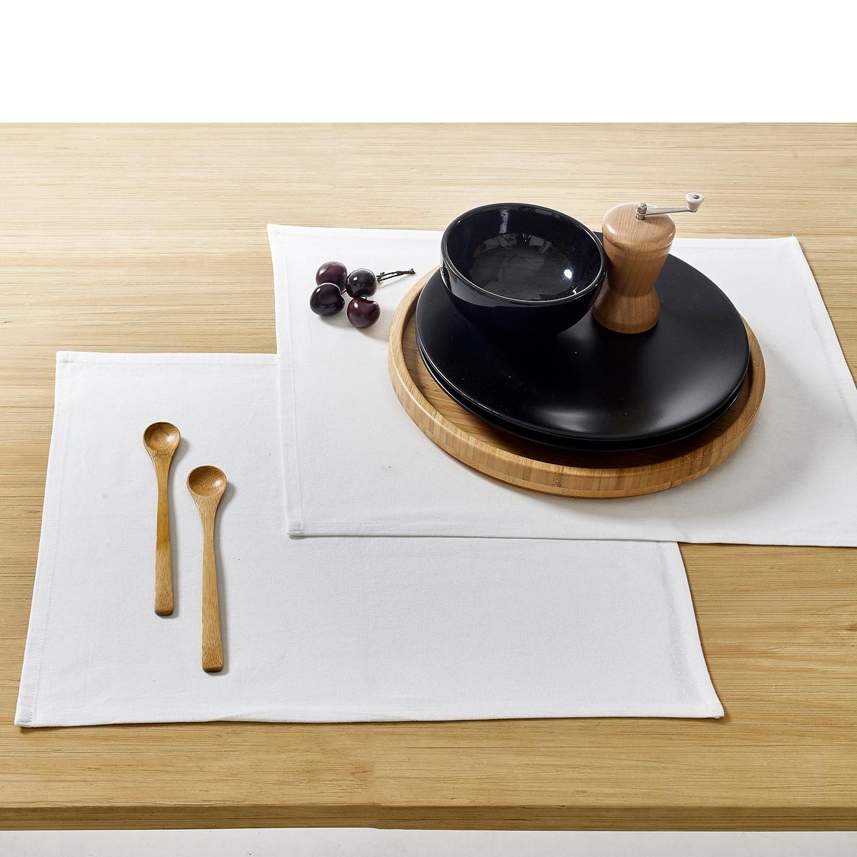 Комплект из 4 салфеток под столовый прибор, с обработкой против пятенКомплект из 4 салфеток из чистого хлопка под столовый прибор SCENARIO для особого стиля на столе.Описание 4 салфеток под столовый прибор SCENARIO :Комплект из 4 салфеток под столовый прибор, с водооталкивающей обработкой  против пятен.   Размеры 4 салфеток на стол SCENARIO :Прямоугольная форма  35 x 45 cмУход: :Машинная стирка при 40 °CПродаются комплектом из 4 штЗнак Oeko-Tex® гарантирует отсутствие вредных для здоровья человека веществ в протестированных и сертифицированных изделиях.Чистый хлопок упрощает уходВсю коллекцию SCENARIO можно найти на la redoute.fr<br><br>Цвет: белый,бледный сине-зеленый,бордовый,желтый,красный,розовая пудра,светло-серый,серо-бежевый,серо-коричневый каштан,Серо-синий,серый,сине-зеленый,синий прусский,сливовый,терракота