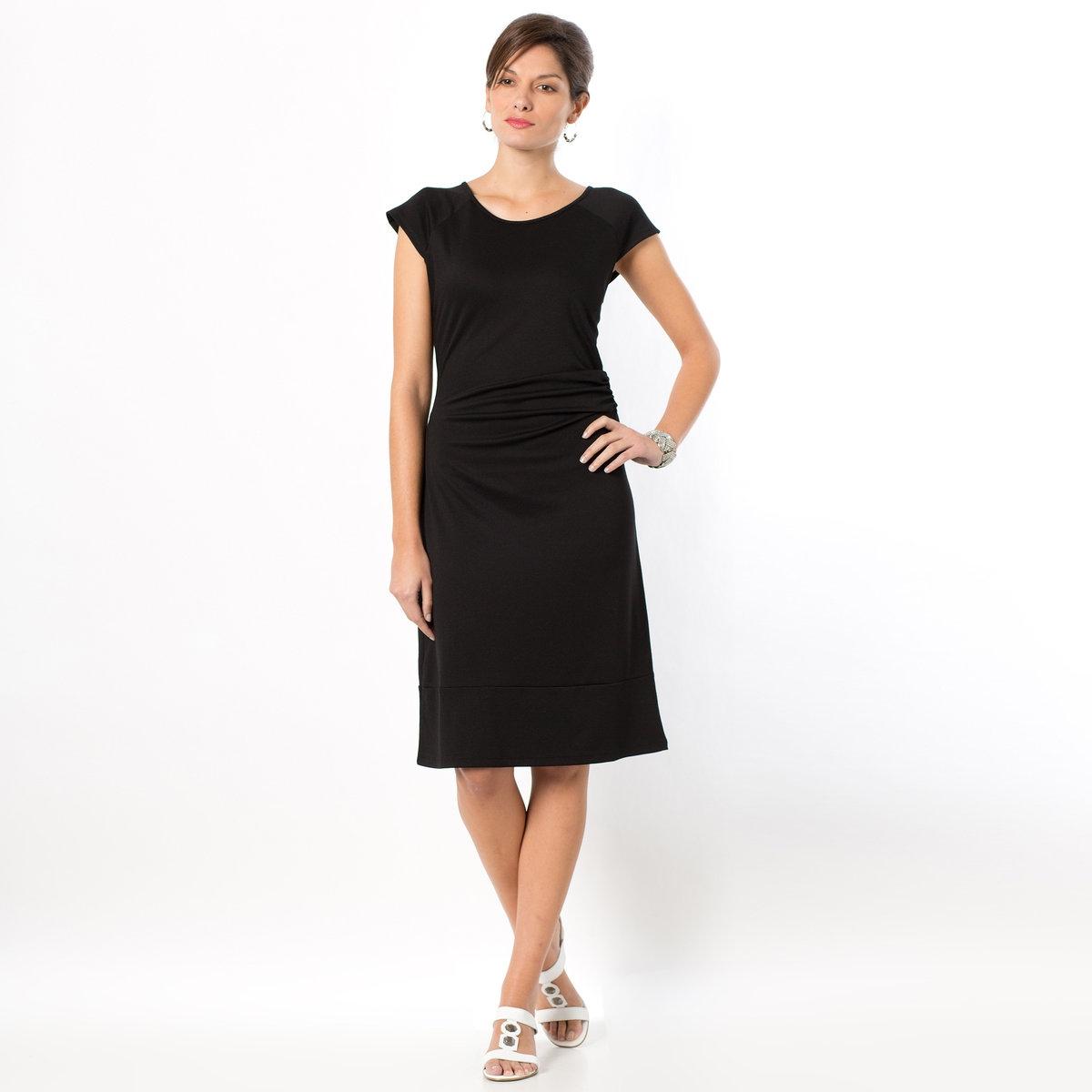 Фото Платье из плотного трикотажа. Купить с доставкой