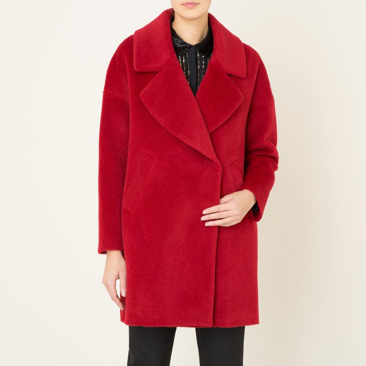Пальто покроя оверсайзСостав и описание    Материал : 42% шерсти, 25% мохера, 25% альпаки, 8% полиамида   Подкладка    : 100% ацетат   Длина : посередине сзади 90 см. (для размера 36)   Марка : LA BRAND BOUTIQUE<br><br>Цвет: красный