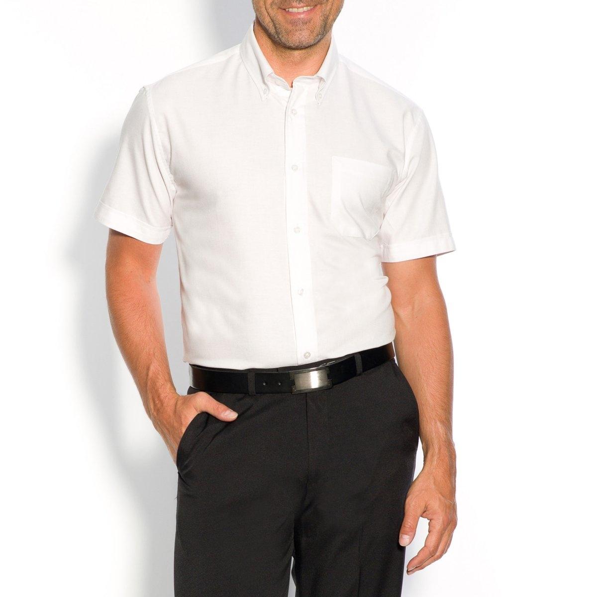 Рубашка хлопковаяДетали •  Короткие рукава •  Прямой покрой •  Воротник классический •  Воротник на пуговицахСостав и уход •  70% хлопка, 30% полиэстера •  Машинная стирка при 40° •  Сухая чистка и отбеливание запрещены •  Барабанная сушка при умеренном режиме •  Гладить при средней температуреТовар из коллекции больших размеров<br><br>Цвет: белый,небесно-голубой,светло-серый,темно-синий<br>Размер: 45/46.55/56.41/42.45/46.55/56.53/54.57/58.43/44.47/48.49/50.43/44