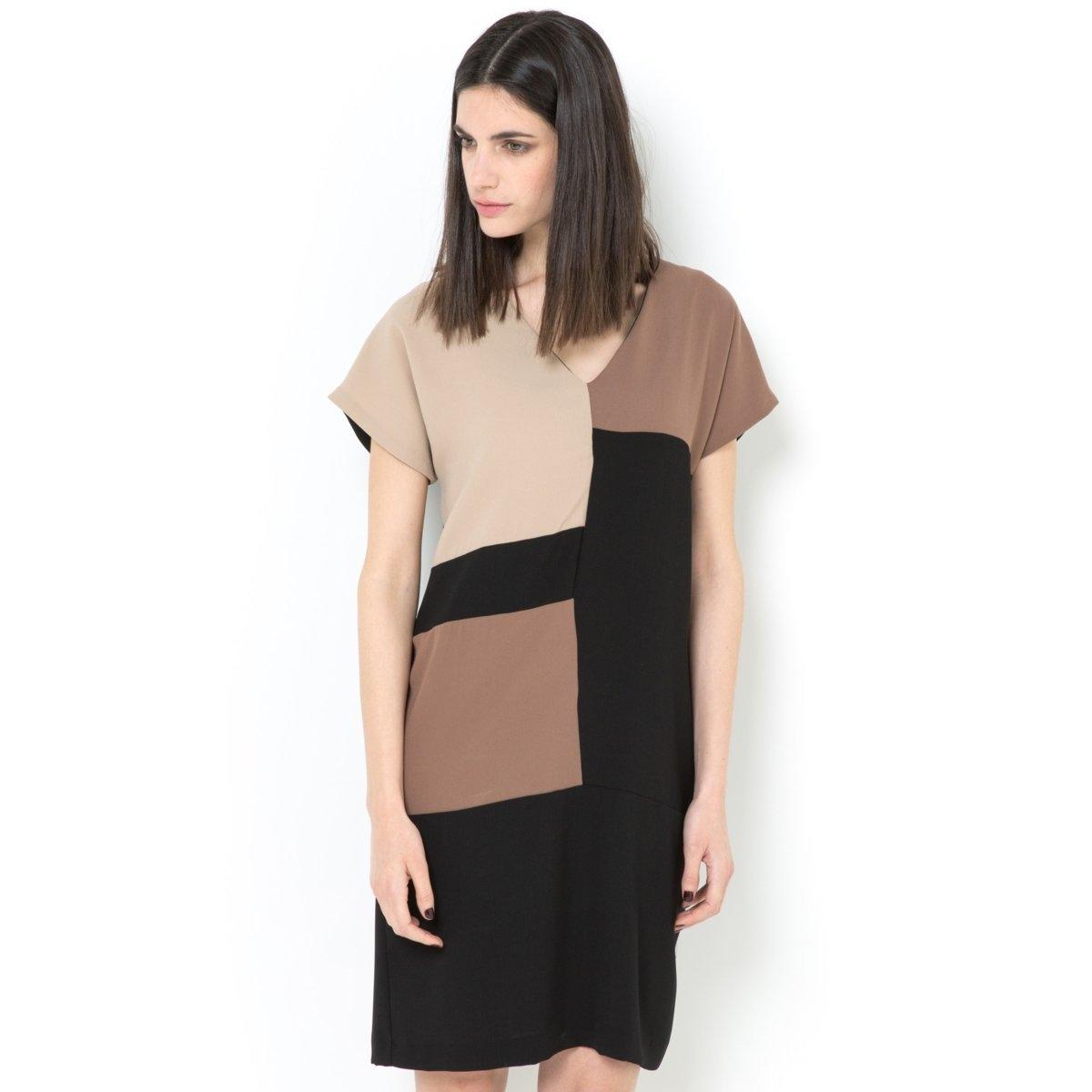 Платье-футляр с короткими рукавамиПлатье-футляр из крепа, 100% полиэстера, на подкладке из 100% полиэстера. Графичный рисунок. Короткие рукава. V-образный вырез. Длина 92 см.<br><br>Цвет: разноцветный<br>Размер: 36 (FR) - 42 (RUS)