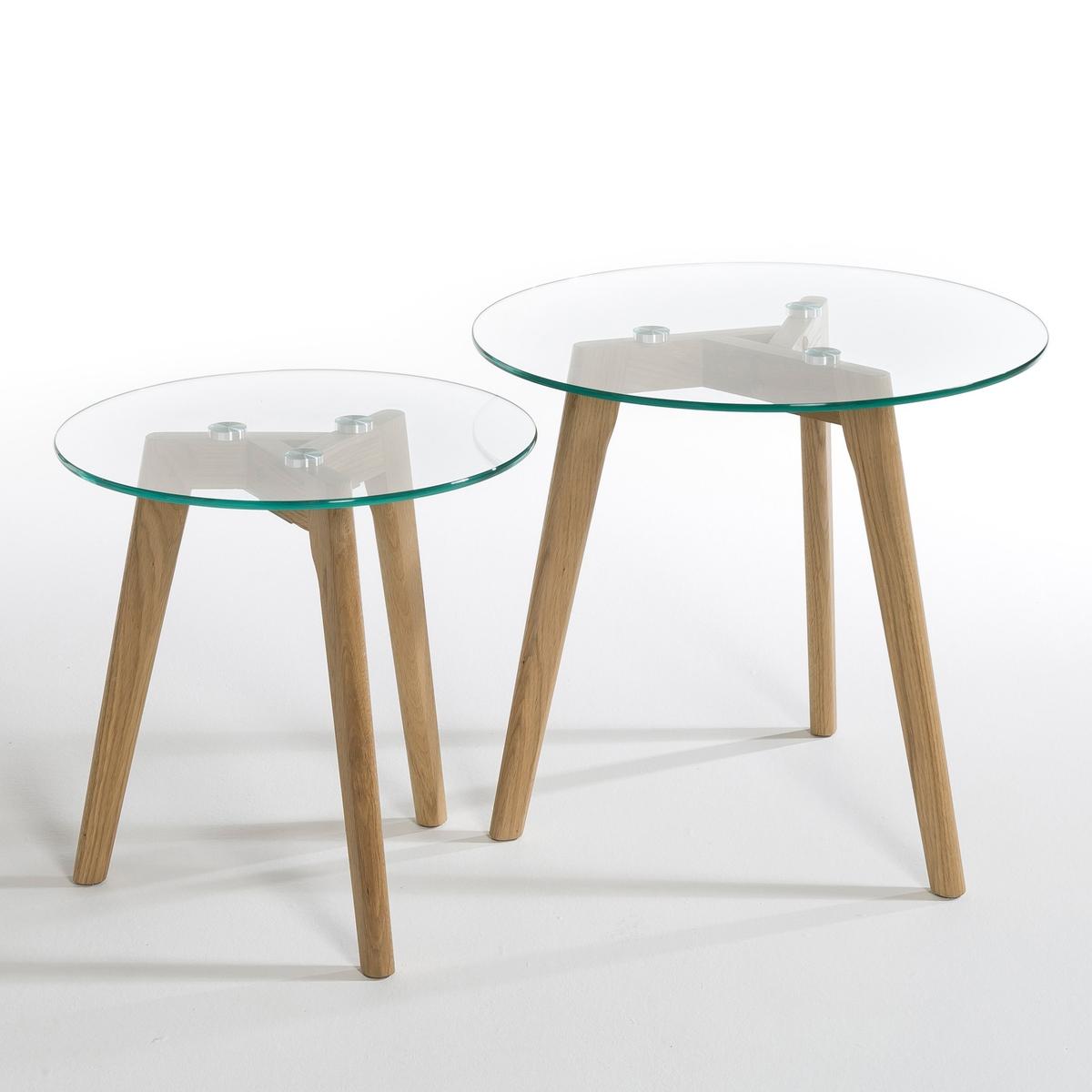 2 столика, KristalХарактеристики: :- Столешница из закаленного стекла толщ.10 мм - Ножки из массива дуба с НЦ-лакировкой .Размеры :- ?40 x В40 cм и ?50 x В45 см.<br><br>Цвет: дуб