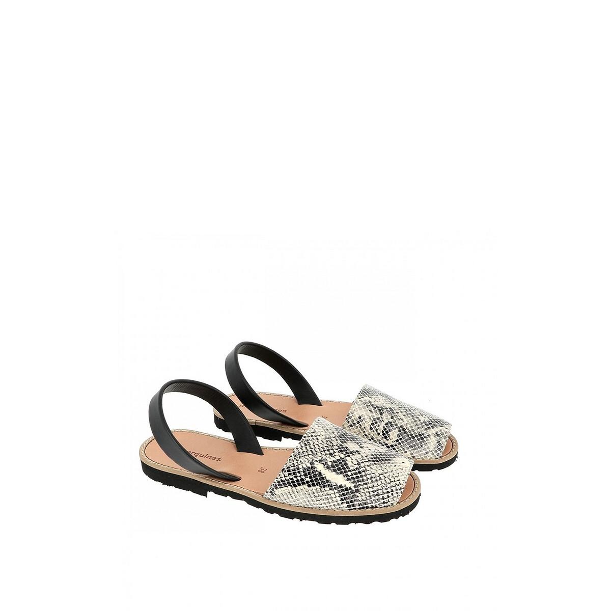 цена Сандалии La Redoute Кожаные на плоском каблуке AVARCA REPTILE 36 серый онлайн в 2017 году