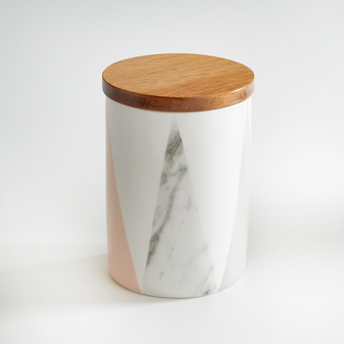 Кувшин из керамики и бамбукаКувшин из керамики с пастельным геометрическим рисунком La redoute Int?rieurs.  Из керамики с рисунком в виде конусов, крышка из бамбука.Характеристики кувшина:- Цилиндрический кувшин из керамики, крышка из бамбука с силиконом.- Диаметр: 11 см - Высота: 14 см. - Вместимость: 760 мл    - Использование в посудомоечной машине и микроволновой печи запрещено<br><br>Цвет: рисунок