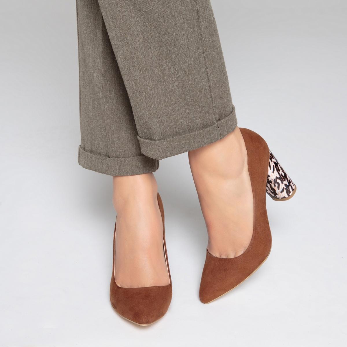 Туфли на оригинальном каблуке туфли la strada туфли на каблуке