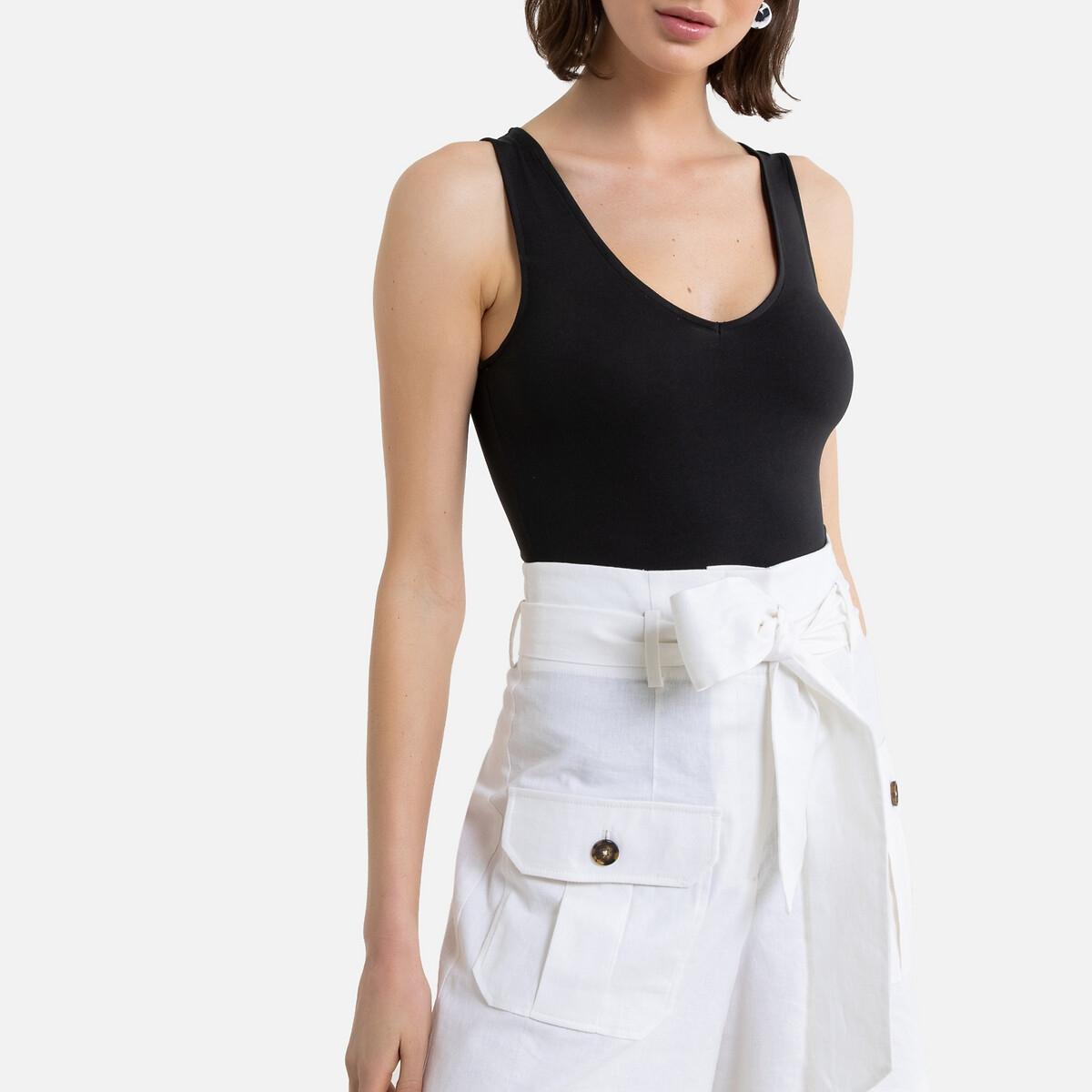 Camiseta sin mangas con cuello de pico