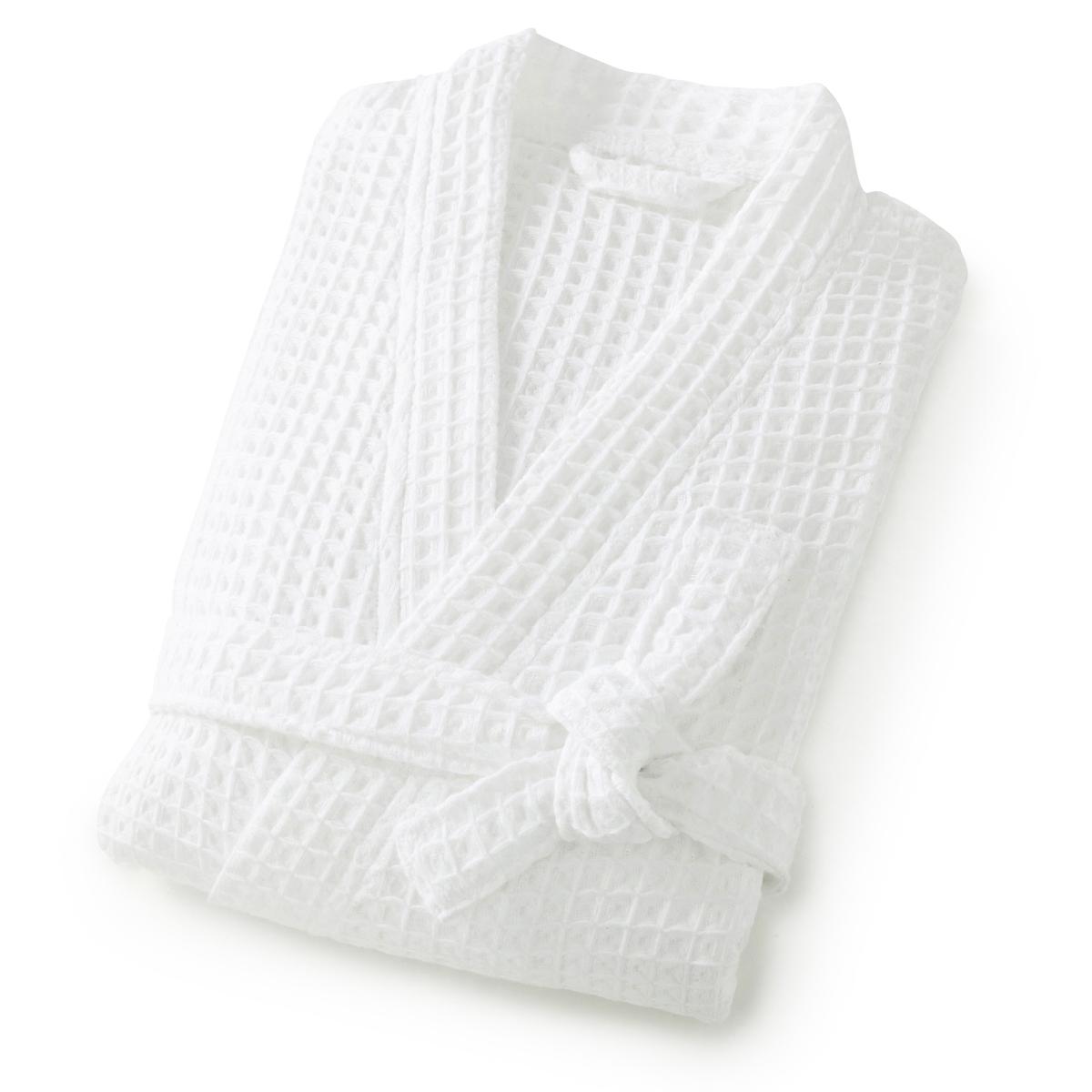 Халат с воротником-кимоно из вафельной ткани SC?NARIOОписание:Плотное переплетение нитей для 3D-эффекта, необычайно мягкий на ощупь халат из вафельной ткани очень актуальных расцветок. Сделано в Португалии.Характеристики банного халата из вафельной ткани Sc?nario :Вафельная ткань : 100% хлопок, 300 г/м2 : нежная и легкая, высокая впитывающая способность, быстрая сушка.Воротник-кимоно .Длина : 115 см..Машинная стирка при 60° и барабанная сушка.Размеры :38/40, 42/44, 46/48, 50/52Откройте для себя всю коллекцию из вафельной ткани Sc?nario на сайте laredoute.ruЗнак Oeko-Tex® гарантирует, что товары прошли проверку и были изготовлены без применения вредных для здоровья человека веществ.<br><br>Цвет: белый,желтый кукурузный,индиго,кирпичный
