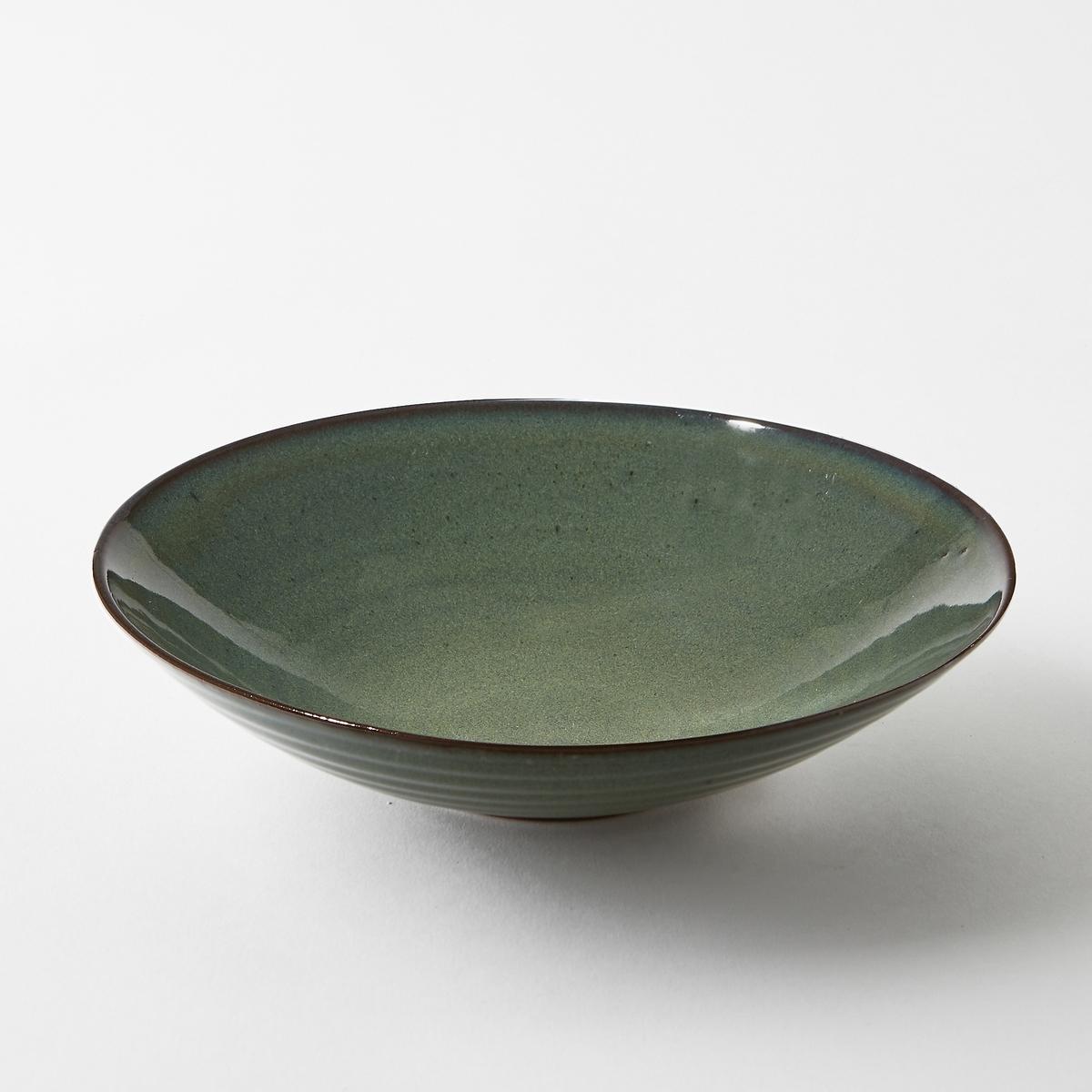 Тарелка глубокая из керамики, диаметр 23 см, Aqua от SeraxГлубокая тарелка Aqua от Serax. Новый керамический сервиз Aqua ручной работы преобразит Ваш праздничный стол. Тарелки синеватых тонов придают ощущение прохлады в летние месяцы.Характеристики :- Из керамики, покрытой глазурью. - Можно использовать в посудомоечных машинах и микроволновых печах - Вся коллекция Aqua на сайте ampm.ru Размеры  : - диаметр 23 x высота 6 см.<br><br>Цвет: синий