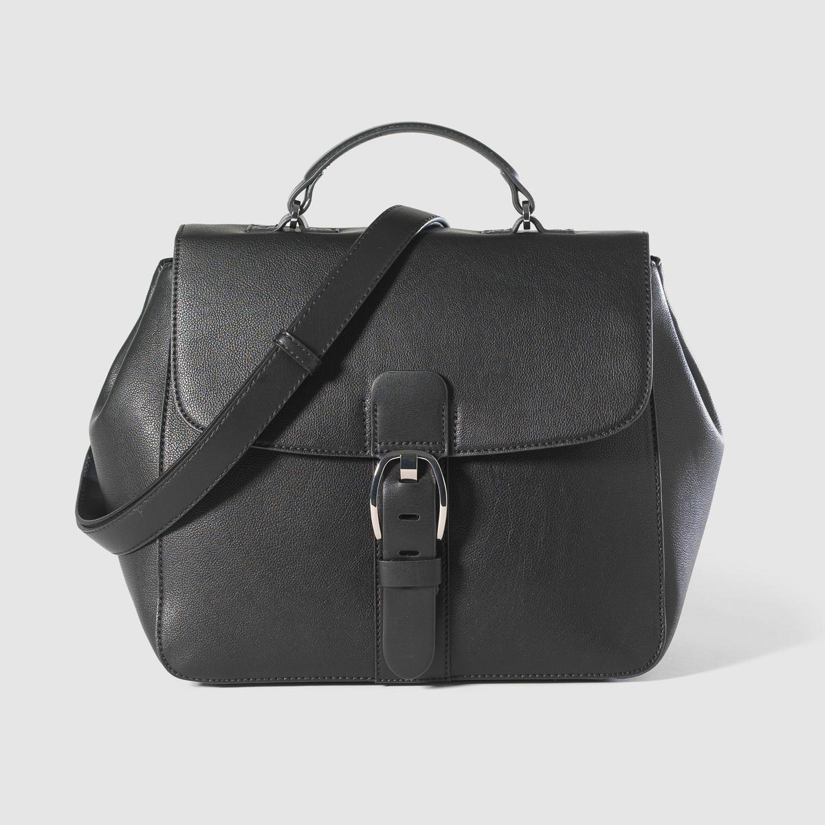 Сумка с пряжкой, ILANA CITY BAGМарка : ESPRIT.Разм: 25,5 x 30 x 14 смВерх : 100% полиэстераПодкладка : 100% полиэстераЗастежка : пряжкаКарманы : 1 внутренний карман и задний карман на молнииПлечевой ремень : 1 ручкаПреимущества : очень практичная сумка благодаря своему размеру, застёжке на пряжку и заднему карману на молнию.<br><br>Цвет: черный<br>Размер: единый размер