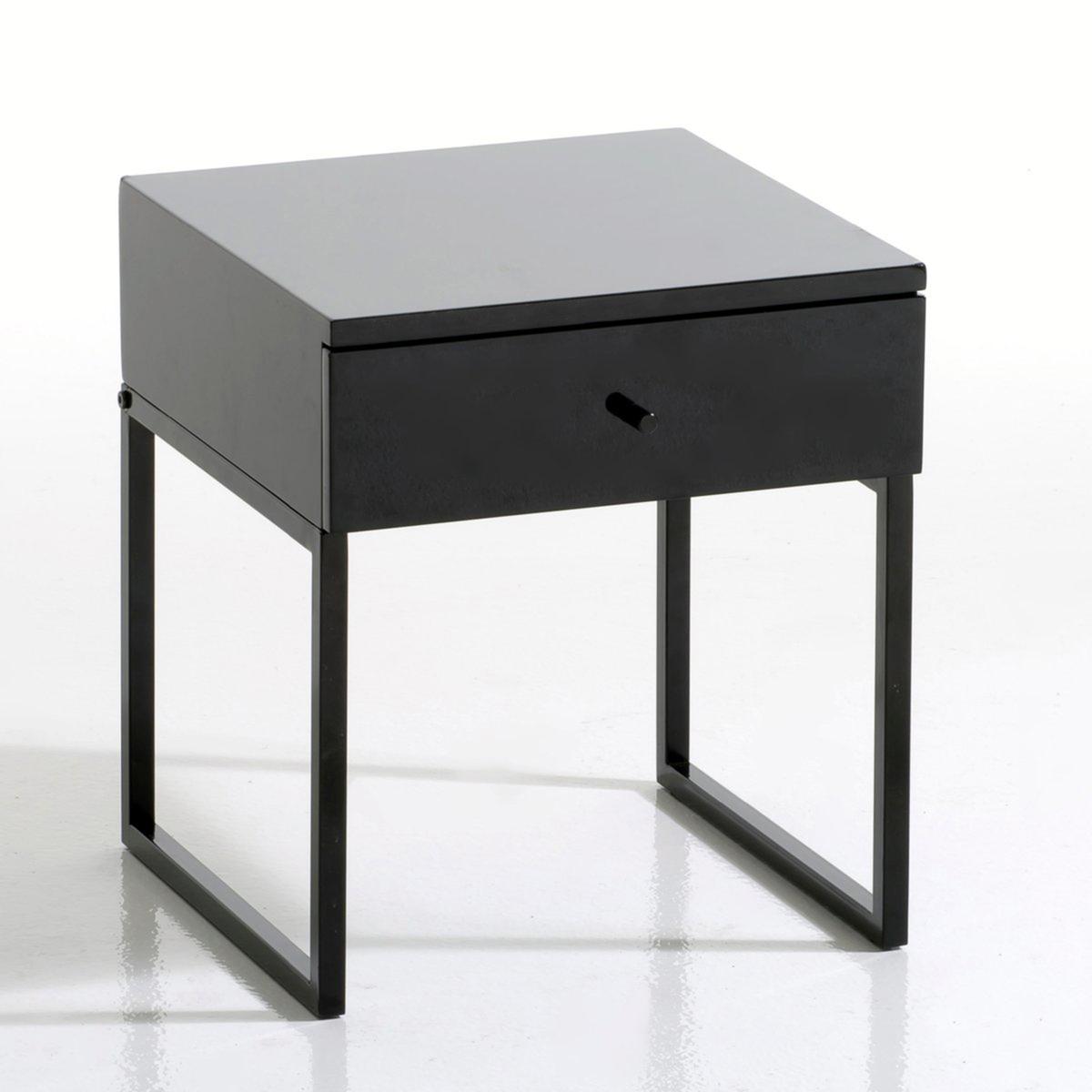 Тумба с 1 ящиком  NewarkХарактеристики :МДФ  15 мм,  глянцевое покрытие,. белого или черного цветов.Ножки-металлические стержни 10/10мм, глянцевое покрытие,. белого или черного цветов.Поставляется в разобранном виде.Размеры :Ширина : 35 см.Высота : 40 смГлубина : 35 см.<br><br>Цвет: черный