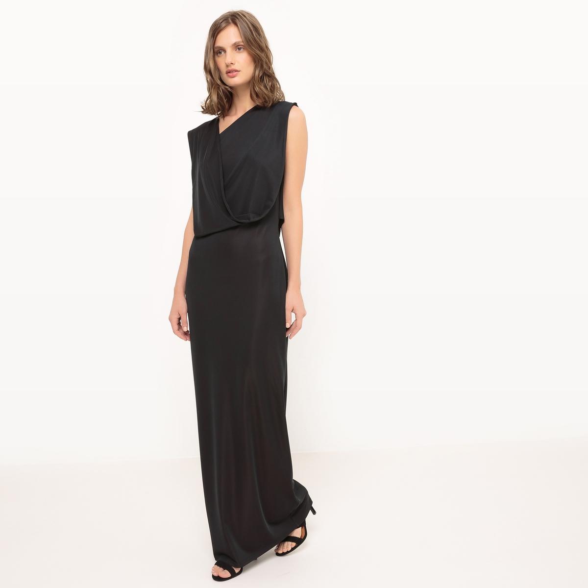 Платье длинное без рукавовДлинное платье из трикотажа. Асимметричный прямой покрой, со складками. Без рукавов. Широкая лента для эффекта драпировки от плеча по боковой стороне. Состав и описание Материал : 90% полиэстера, 10% эластанаДлина : 148 см Марка : Manon Vandrisse для La RedouteУходМашинная стирка при 30 °C в деликатном режимеРазрешается использование любых растворителейОтбеливание запрещеноБарабанная сушка запрещенаГладить при низкой температуре<br><br>Цвет: черный<br>Размер: 40 (FR) - 46 (RUS)