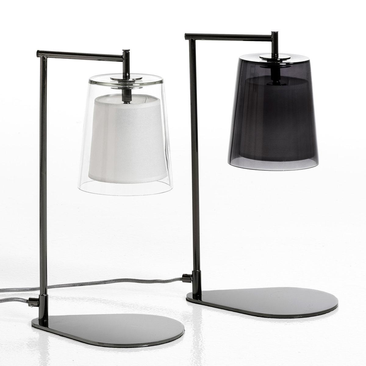 Лампа настольная Duo дизайн Э. ГаллиныЛампа настольнаяDuo . Эксклюзивная разработка Emmanuel Gallina для AM.PM    . В этой коллекции размеры изделий адаптированы для маленьких и больших пространств, они добавят яркую нотку в ваш интерьер.Коллекция светильников DUO всегда сочетает колпак из стекла с абажуром из бумаги кальки, рассеивающей свет, что создает уютную и приятную атмосферу .Характеристики : - Абажур из цветного стекла и кальки . - Ножка из хромированного металла . - Патрон E14. - Флюокомпактная лампочка макс 11 W, не входит в комплект. - Совместима с лампочками электрического класса  A.     Размеры : - Абажур ?15 x Выс17,3 см . - Низ .24,5 x .17 см. - Общая высота 44 см .<br><br>Цвет: прозрачный