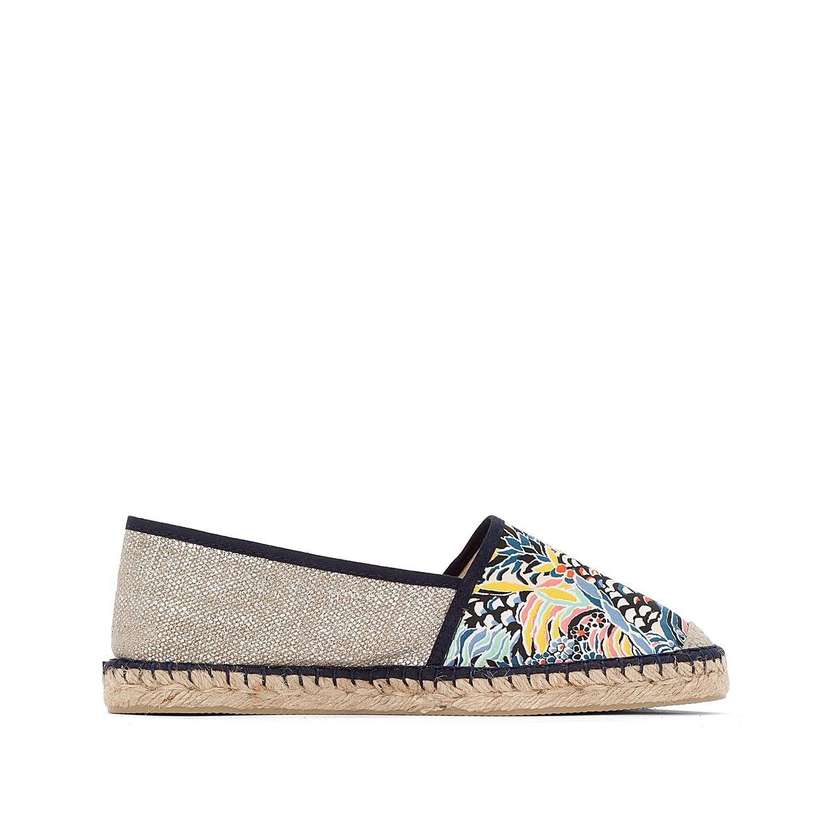 Туфли VP MixВерх: полотно и текстиль.Стелька: шнур.Подошва: каучук.Высота каблука: 2 см.Форма каблука: плоский каблук.Мысок: закругленный.Застежка: без застежки.<br><br>Цвет: синий/наб. рисунок<br>Размер: 40