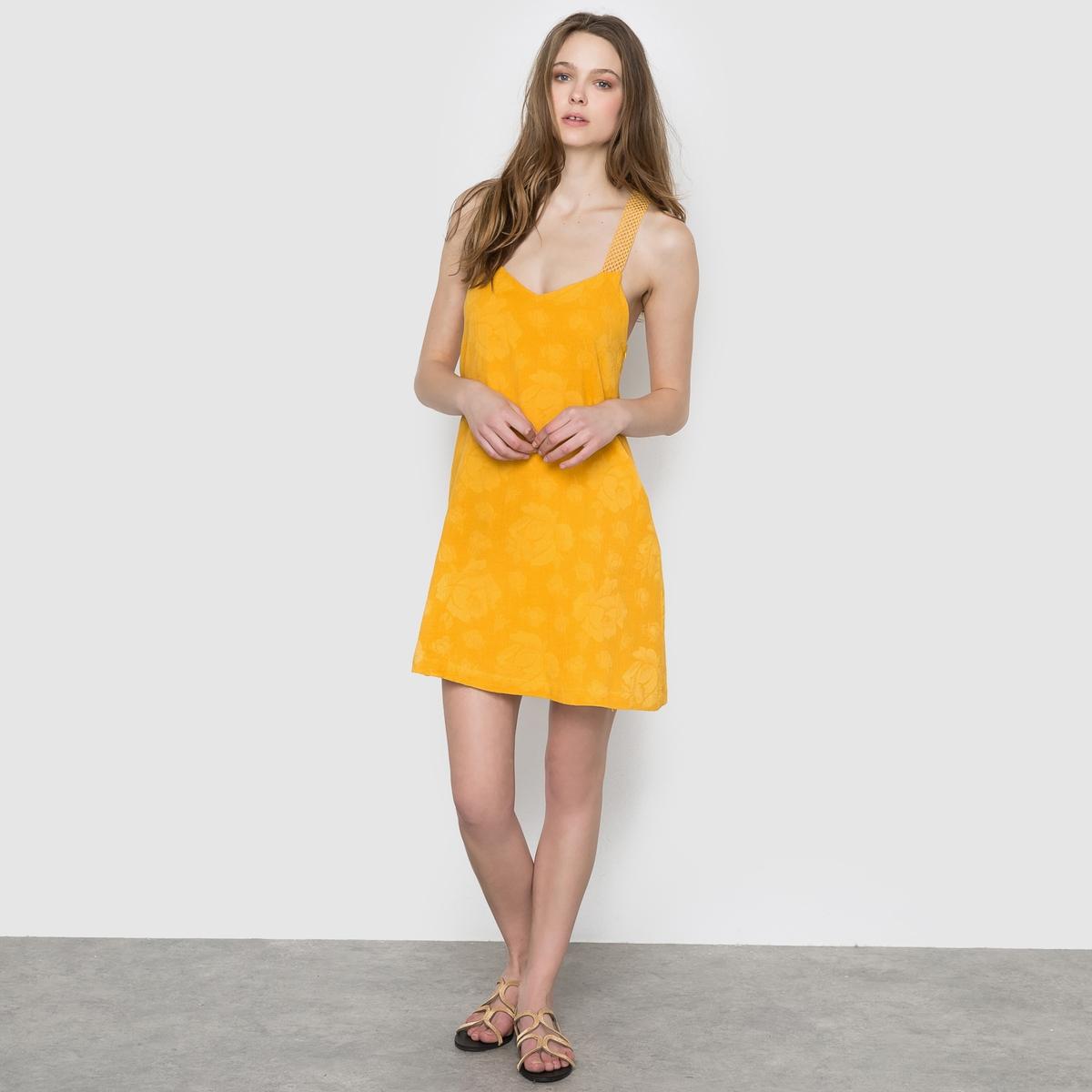 Платье с тонкими бретелямиПлатье SUNCOO на перекрещенных сзади тонких бретелях из ажурной вышивки . Цветочный однотонный мотив .Состав и описание      Материал    60% хлопка, 40% льна    Подкладка   100% вискозы      Марка    SUNCOO<br><br>Цвет: желтый горчичный<br>Размер: M