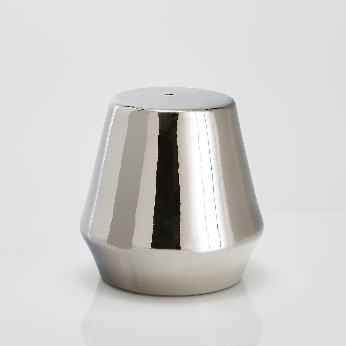 Столик журнальный или прикроватный из керамики, AmibiХарактеристики столика Amibi  :Эмалированная керамика   .Размеры столика Amibi  :ОбщиеДиаметр : 40 смВысота : 40 смДругие предметы декора - в коллекции на сайте laredoute..Размеры и вес ящика :1 упаковка50 x 53 x 51 см 9 кг Доставка :Столик Amibi будет доставлен до вашей квартиры !Внимание : Убедитесь, что посылку возможно доставить на дом, учитывая ее габариты.:..<br><br>Цвет: серебристый,черный<br>Размер: единый размер.единый размер