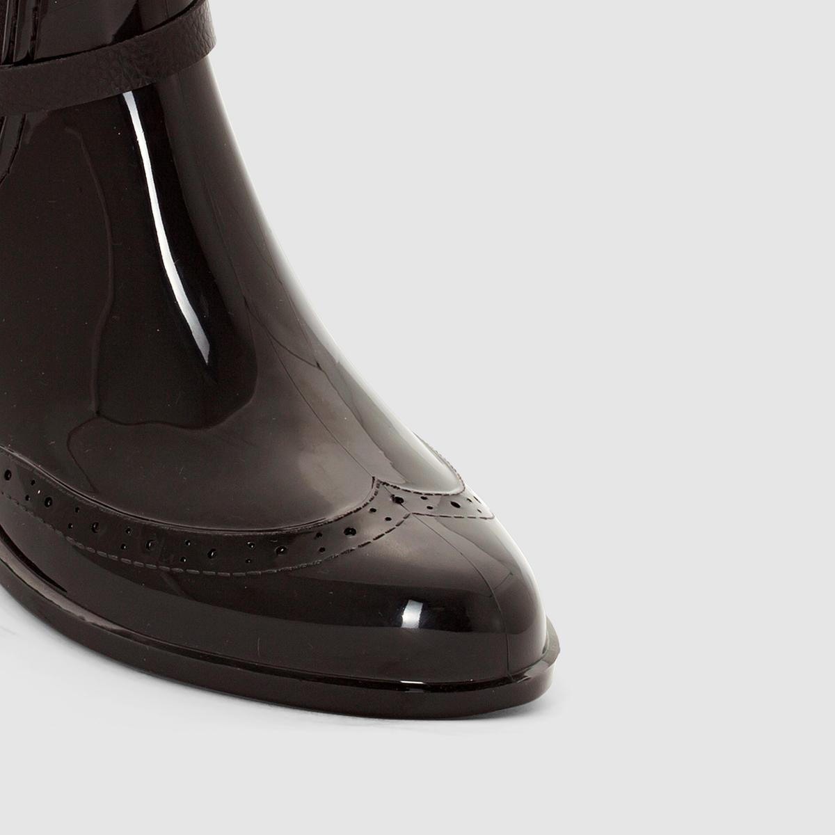 Ботинки непромокаемые DakotaВерх : ПВХ    Подкладка : Viscose   Стелька : текстиль   Подошва : ПВХ   Форма каблука : плоская   Мысок : закругленный   Застежка : без застежки<br><br>Цвет: черный<br>Размер: 41.40.39