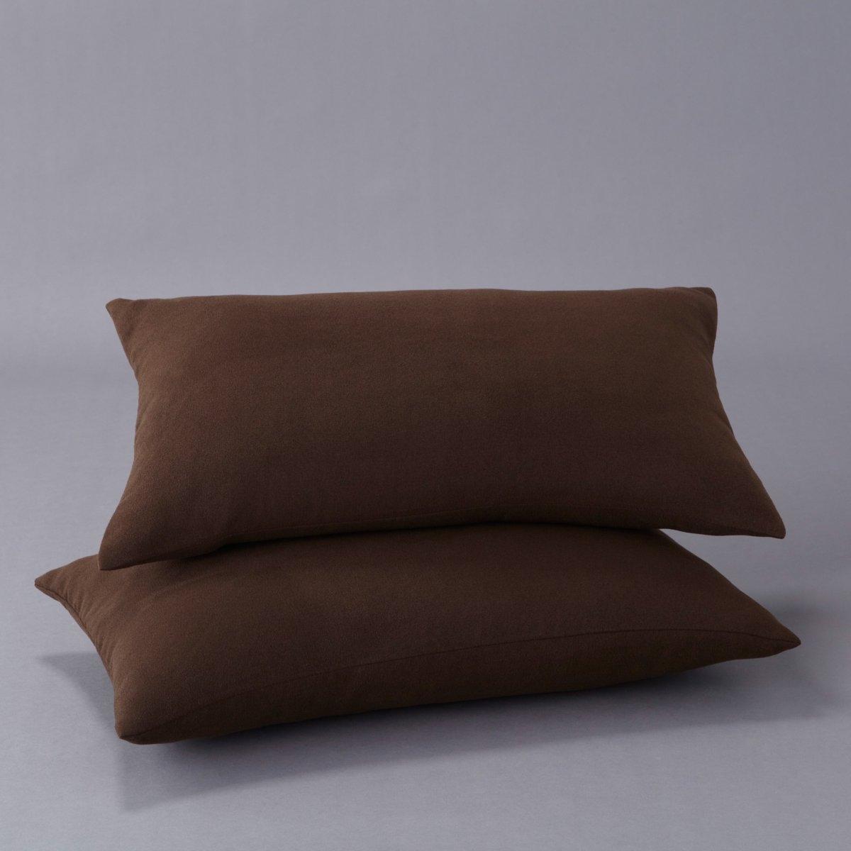 2 чехла для подушек-подлокотников2 чехла для подушек-подлокотников с невероятно мягким покрытием, 100% полиэстер. 2 версии : для диванов типа аккордеон или книжка. Аккуратная отделка, качество Valeur S?re.Характеристики:2 размера: аккордеон (50 х 30 см) и  книжка (60 х 40 см).Застежка на молнию.Стирать при 30°C.Продаётся в комплекте из 2 изделий.<br><br>Цвет: антрацит,бежевый песочный,красный,светло-желто-каштановый,серый жемчужный,шоколадно-каштановый<br>Размер: 50 x 30 см.50 x 30 см.60 x 40  см