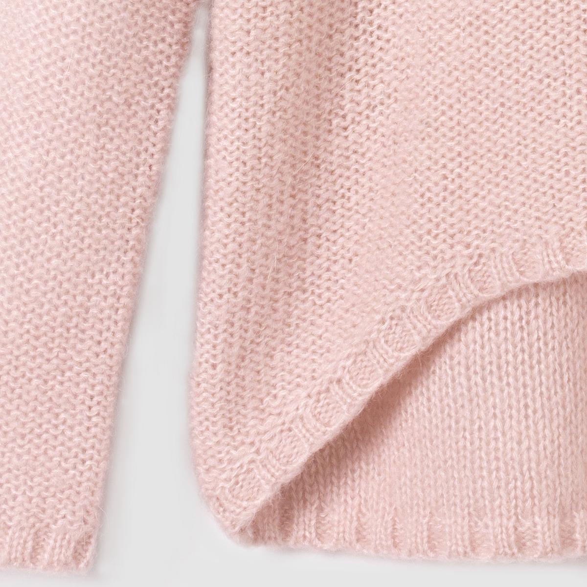 Пуловер удлиненный сзади на 10-16 летПуловер с длинными рукавами и высоким воротником. Чуть длиннее сзади. Отделка в виде вязки в рубчик.                    Состав и описание:           Материал: 56% акрила, 35% полиамида, 9% мохера.         Марка: R essentiel.                     Уход:          Машинная стирка при 30° с одеждой такого же цвета.          Стирать и сушить с изнанки.          Сушить в расправленном виде.          Машинная сушка запрещена.          Не гладить.<br><br>Цвет: розовый<br>Размер: 10 лет - 138 см.14 лет.16 лет
