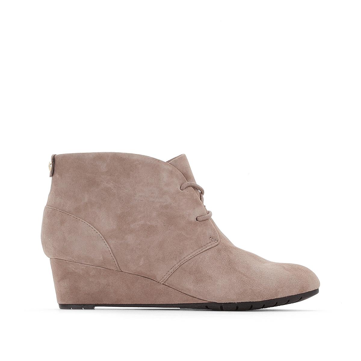 Ботинки кожаные  Vendra PeakВерх : Кожа.   Подкладка : синтетика   Стелька : Кожа.   Подошва : Каучук   Высота каблука : 4 см   Форма каблука : танкетка   Мысок : закругленный   Застежка : Шнуровка<br><br>Цвет: серо-коричневый<br>Размер: 37