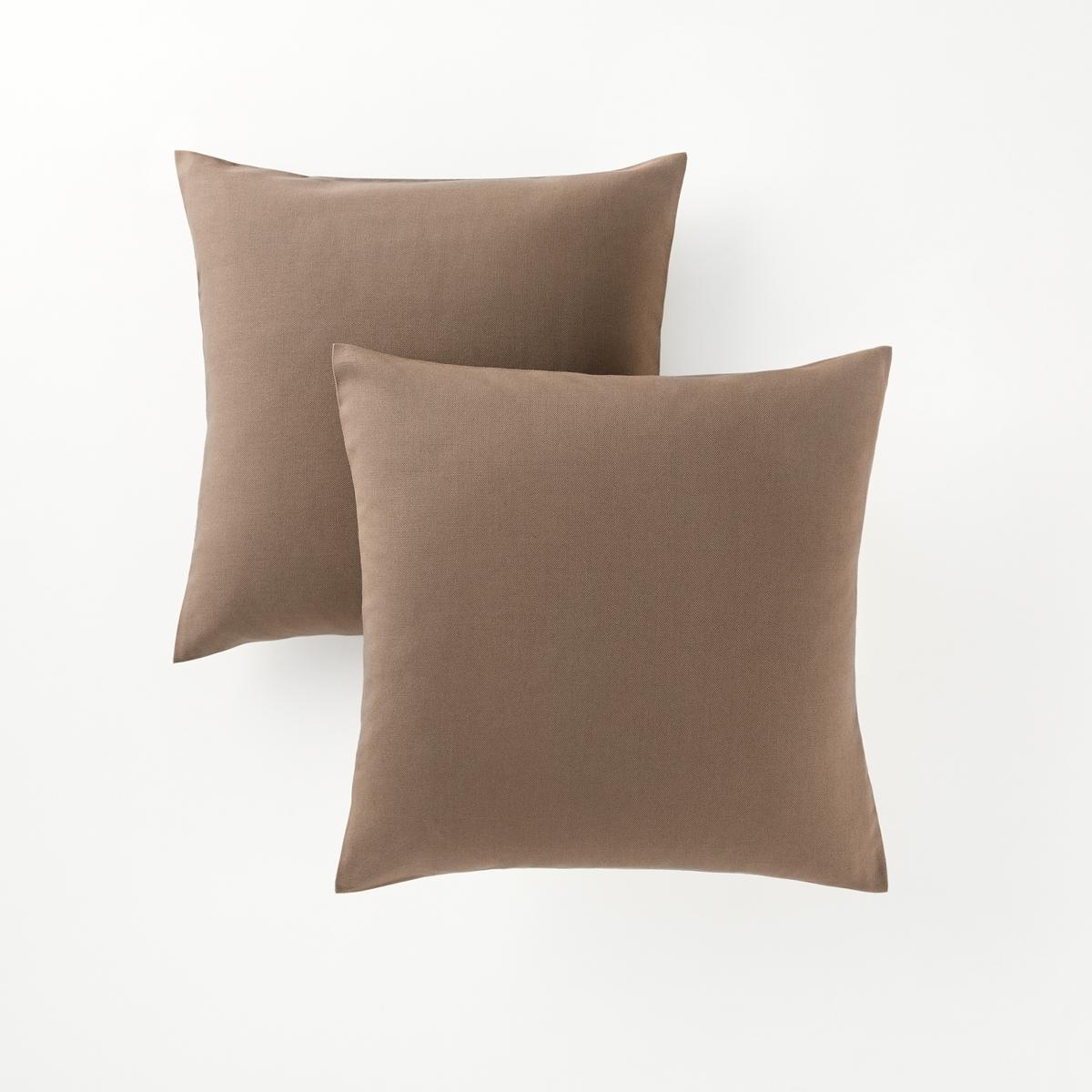 2 квадратных или прямоугольных чехла на подушки2 квадратных или прямоугольных чехла на подушки : декоративная расцветка, можно сочетать по желанию !       Характеристики 2 или прямоугольных чехлов на подушки :- Чехлы на подушки из красивой и очень прочной ткани (220 г/м?), застежка на молнии.- Гарантия расцветки : превосходная стойкость от воздействия солнечных лучей и стирок (40 °С).В комплекте 2 чехла одного цвета.                             Качество VALEUR S?RE.Подушки продаются отдельно.                                            Сертификат Oeko-Tex® дает гарантию того, что товары изготовлены без применения химических средств и не представляют опасности для здоровья человека.<br><br>Цвет: антрацит,коралловый,малиновый,облачно-серый,рубиново-красный,серо-коричневый каштан,черный<br>Размер: 50 x 30 см.50 x 30 см.40 x 40  см