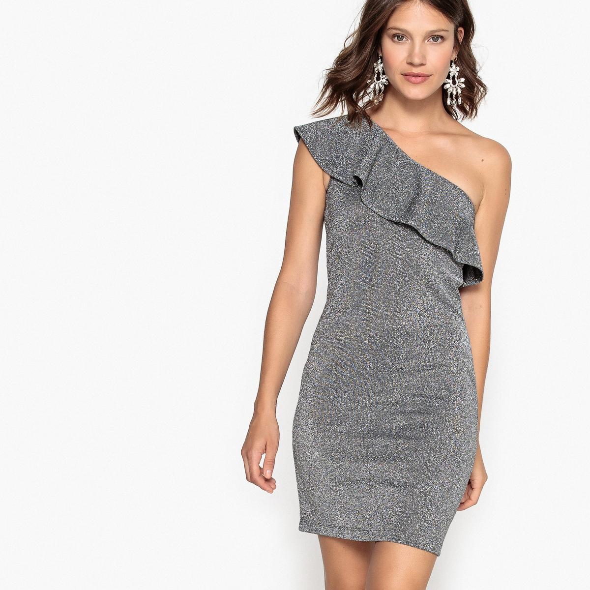 Платье короткое с открытым плечом и воланом