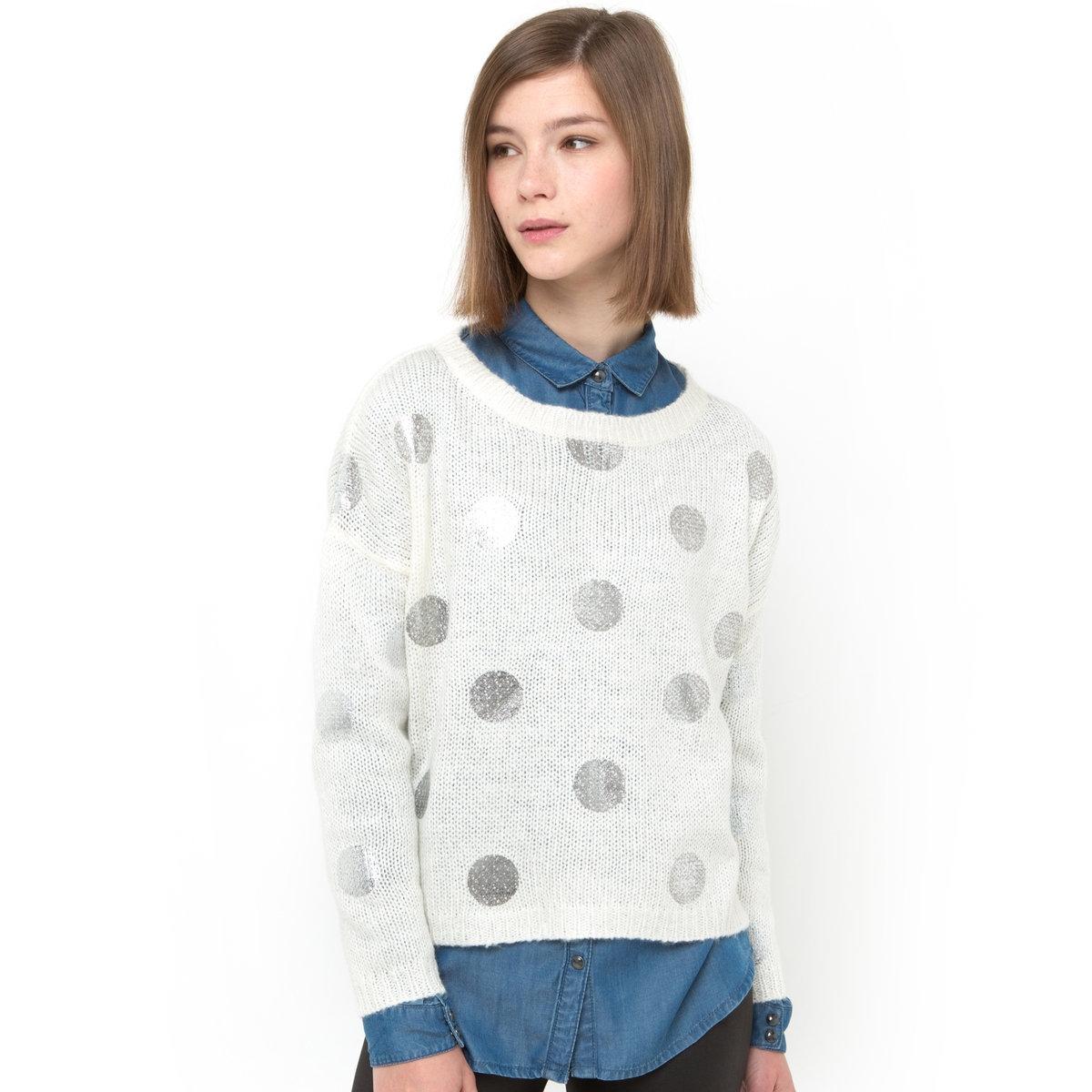 Пуловер в блестящий горошекПуловер из трикотажа, 100% акрил. Вырез-лодочка. Квадратный покрой. Края рукавов и низ связаны в рубчик. Длинные рукава. Длина: 53 см.<br><br>Цвет: экрю