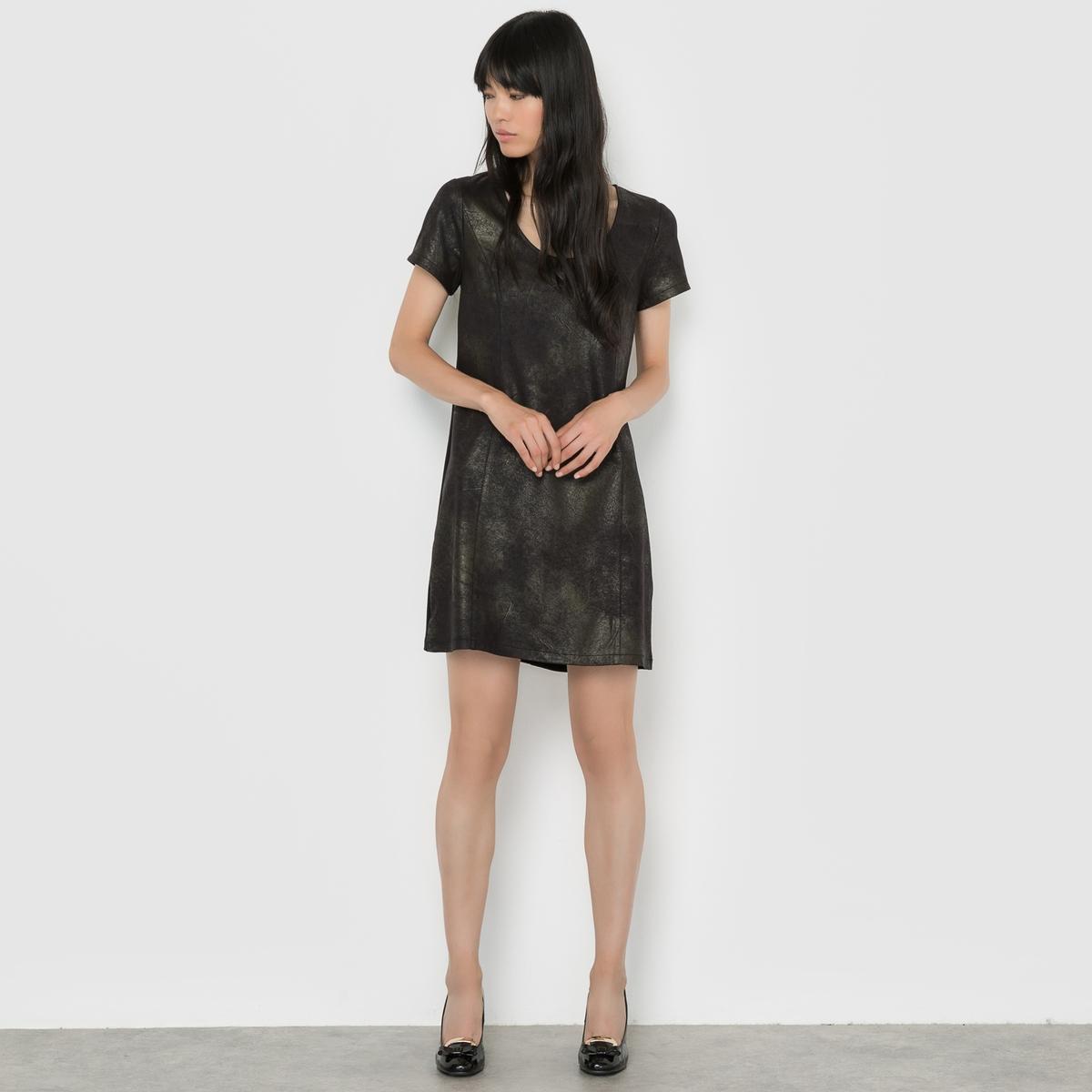 Платье с короткими рукавамиСостав и описание:     Материал        88% полиэстера, 12% эластана     Марка        VILA          Уход     Соблюдайте рекомендации по уходу, указанные на этикетке<br><br>Цвет: черный