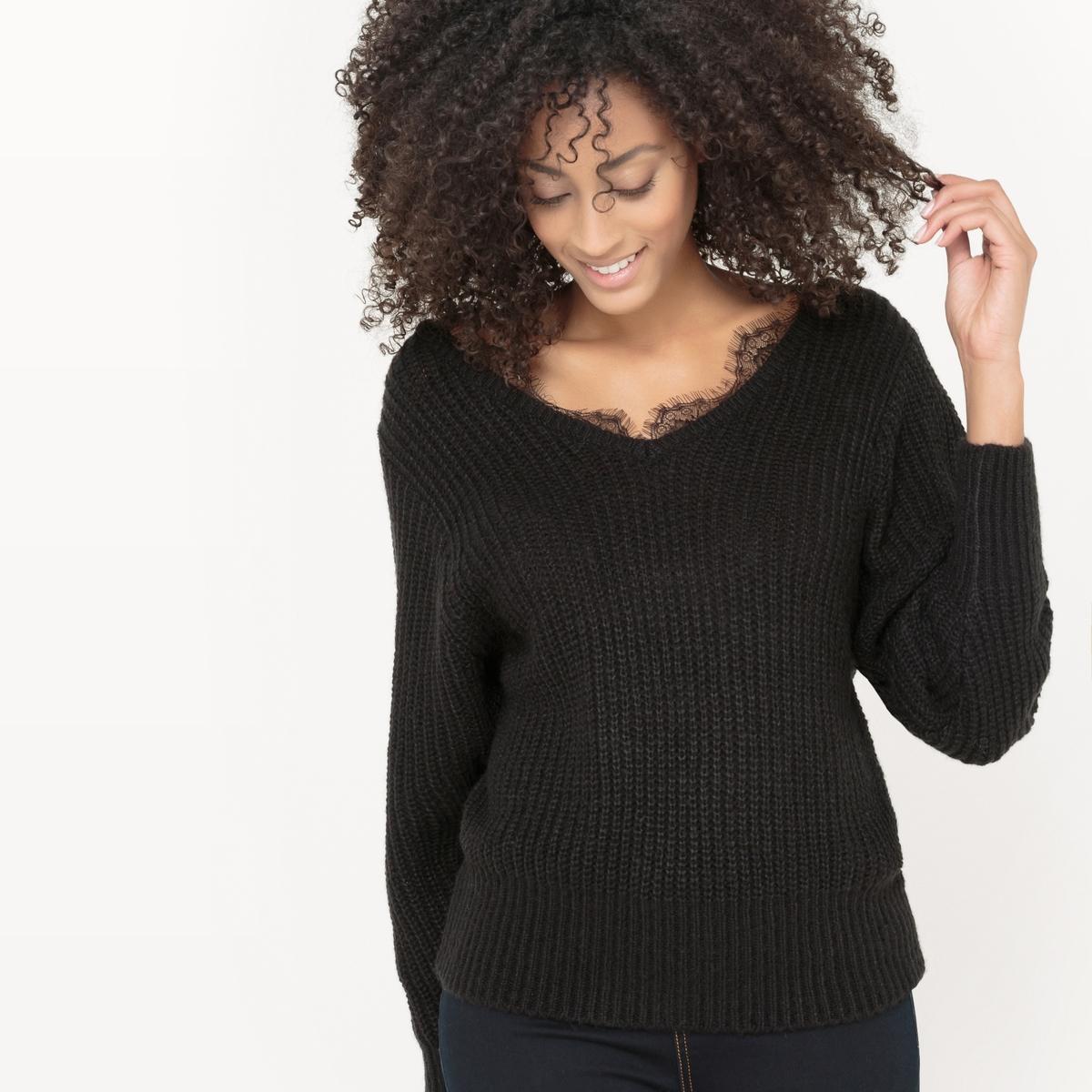 Пуловер с воротником из кружеваСостав и описаниеМатериал : 100% акрилаДлина : 62 смМарка : R EditionУходМашинная стирка при 30 °C с вещами схожих цветов<br><br>Цвет: черный<br>Размер: 42/44 (FR) - 48/50 (RUS)