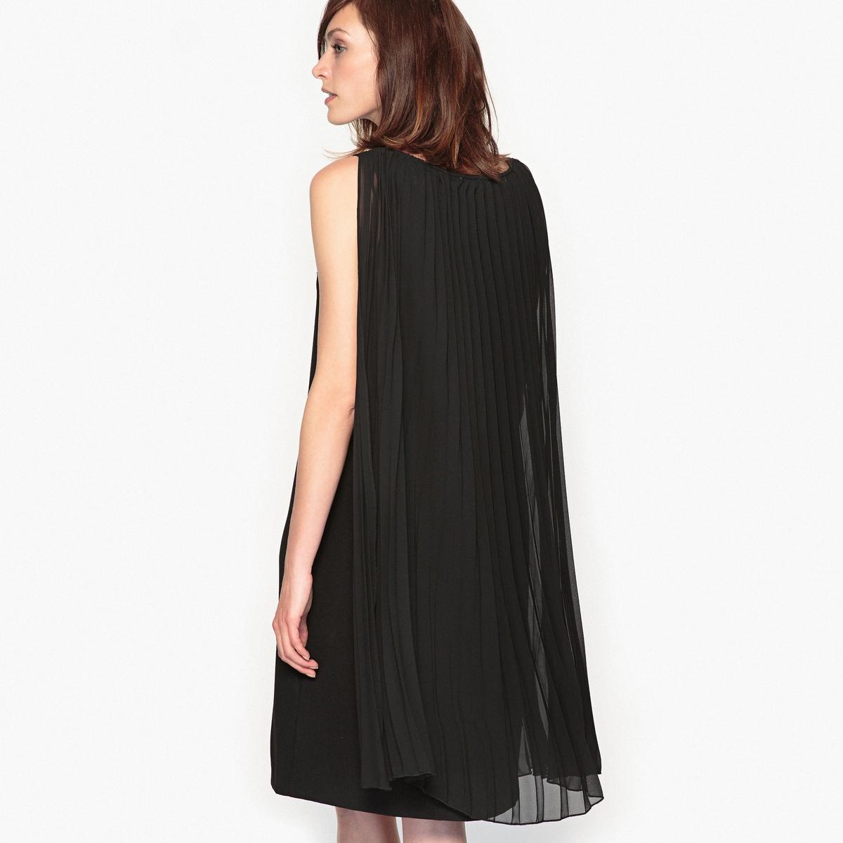 Платье плиссированное без рукавов