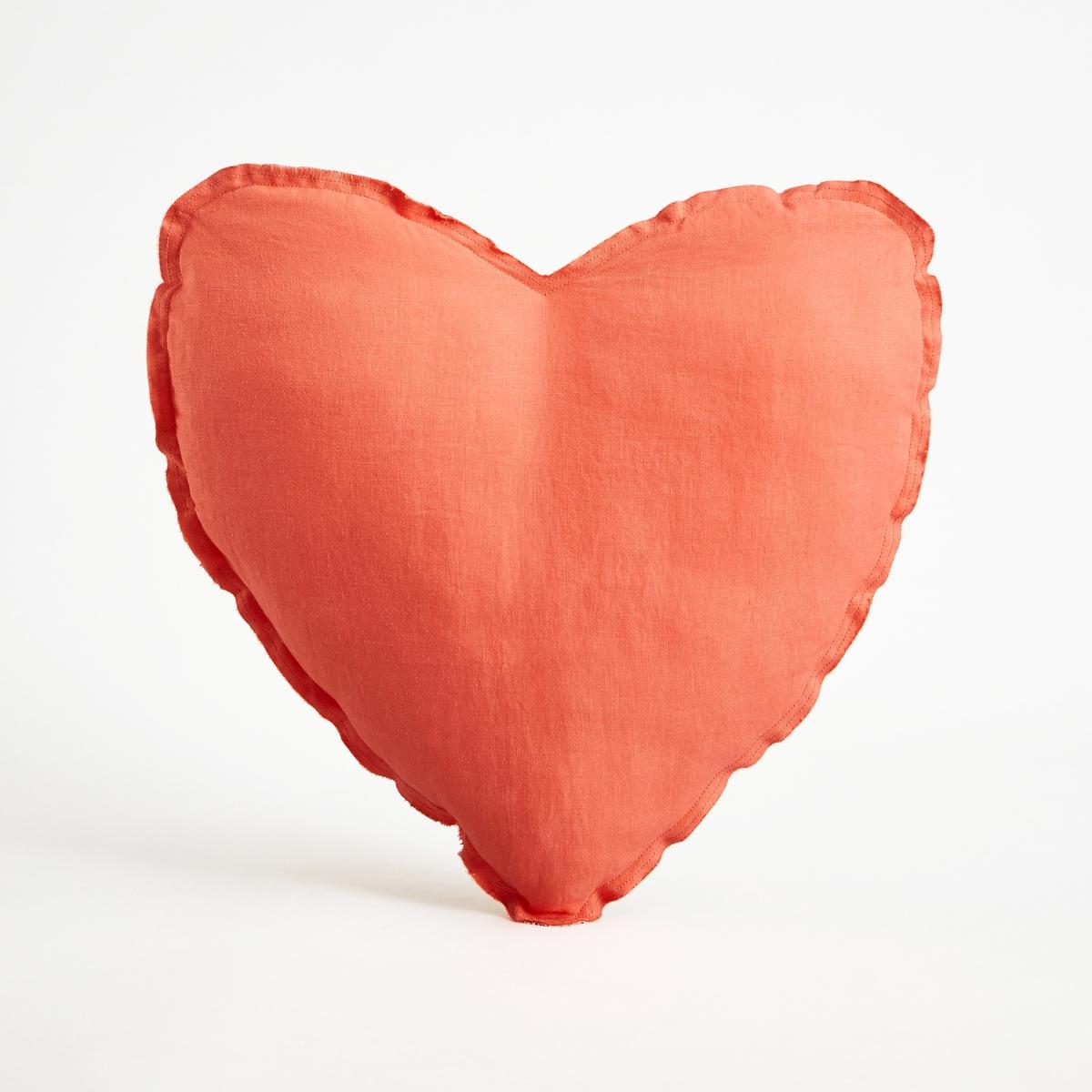 Подушка-сердце AchenzaПодушка Achenza. Подушка-сердце добавит нежности в интерьер спальни малыша. Из 100% двухцветного льна с необработанными краями. Наполнитель из мягких волокон полиэстера. Стирать при 40°C. Размеры : ?40 см.<br><br>Цвет: розовый коралловый<br>Размер: единый размер