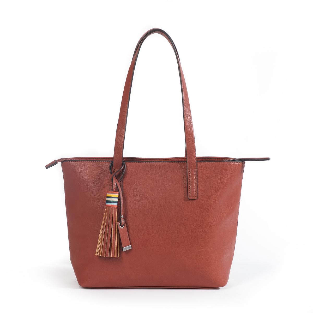 Сумка-шоппер WendyОписание:Очень изящная сумка-шоппер с помпоном : идеальна для походов по магазинам или прогулок по городу !Состав и описание :  •  Материал : верх из полиуретана                         подкладка из полиуретана •  Марка : Esprit •  Модель : Wendy shopper •  Размер :  26 x 29 x 12 см •  Застежка : молнияВнутренний карман<br><br>Цвет: черный<br>Размер: единый размер