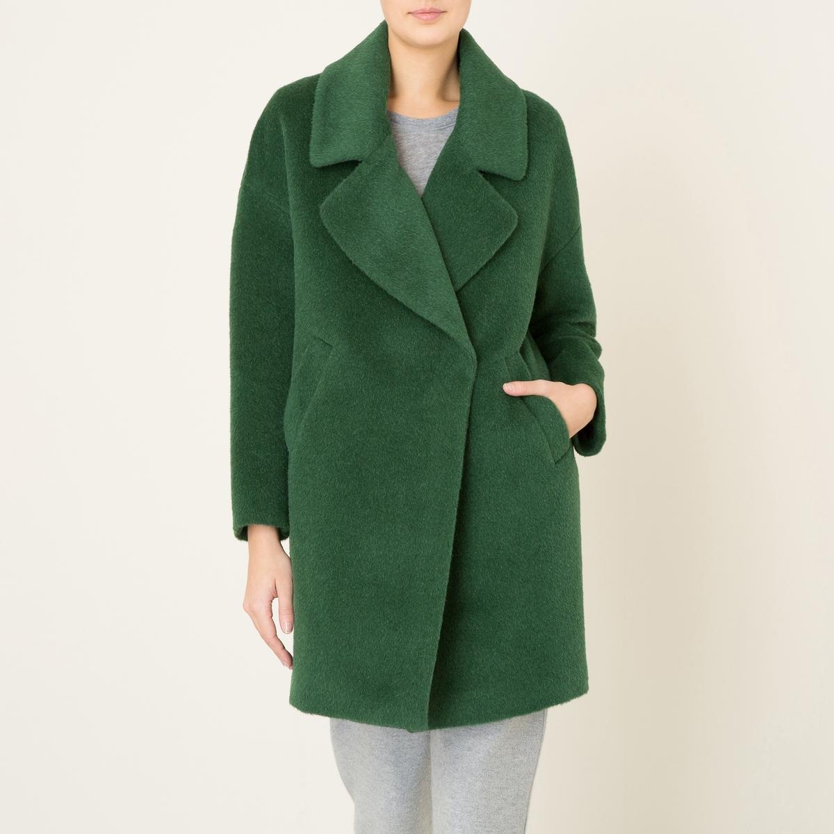Пальто покроя оверсайзСостав и описание    Материал : 42% шерсти, 25% мохера, 25% альпаки, 8% полиамида   Подкладка    : 100% ацетат   Длина : посередине сзади 90 см. (для размера 36)   Марка : LA BRAND BOUTIQUE<br><br>Цвет: зеленый