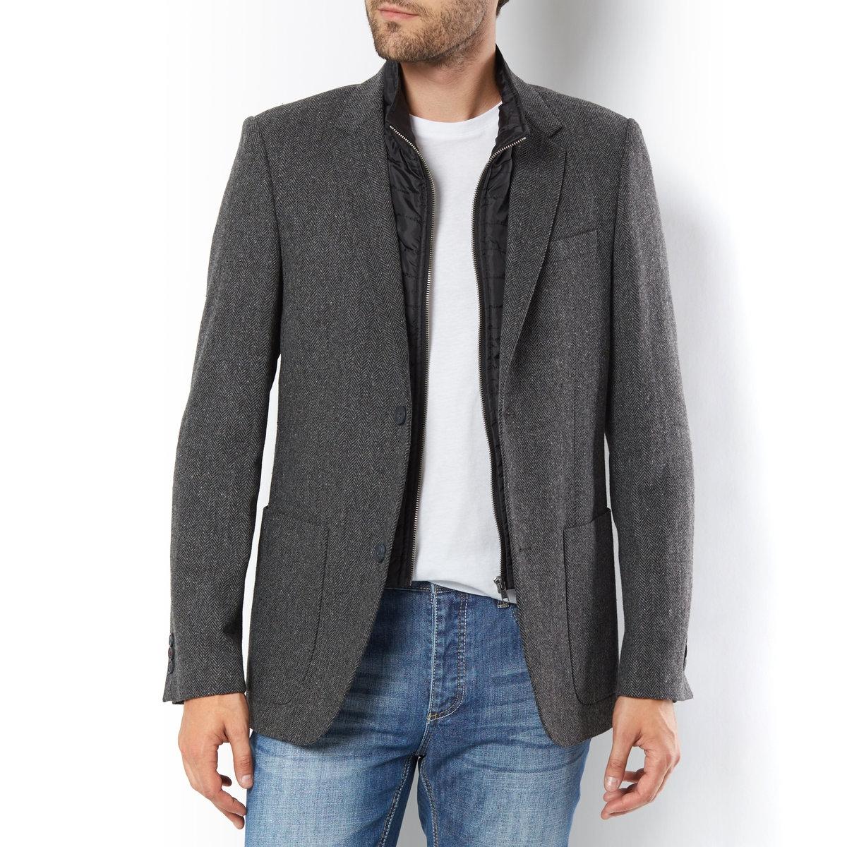 Пиджак костюмныйПиджак с рисунком елочка 2 в 1. Налокотники из искусственной замши. 45% поиэстера, 35% шерсти, 15% вискозы, 5% других волокон. Длина 75 см.<br><br>Цвет: в серую елочку