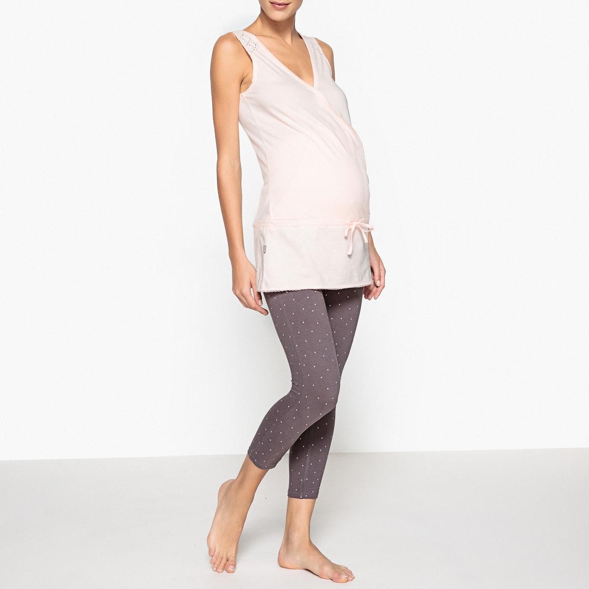 Пижама для периода беременностиКороткая пижама, разработанная специально для периода беременности и грудного вскармливания: в целях заботы о Вас и Вашем малыше.Состав и описаниеПижама короткая из 2 предметов: туники и коротких леггинсов. Для периода беременности и грудного вскармливания.Топ с кружевным бордюром и застежкой на кнопку для кормления грудью, пояс под животом. Леггинсы до середины голени, высокий поддерживающий пояс. Материал :  верх из 100% хлопка,Леггинсы 95% хлопка, 5% эластанаДлина : Верх: 77 смДлина по внутр.шву: 50 смУход : Стирать при 40° с изделиями схожих цветов.Стирать, сушить и гладить с изнаночной стороны.<br><br>Цвет: розовый/ серый