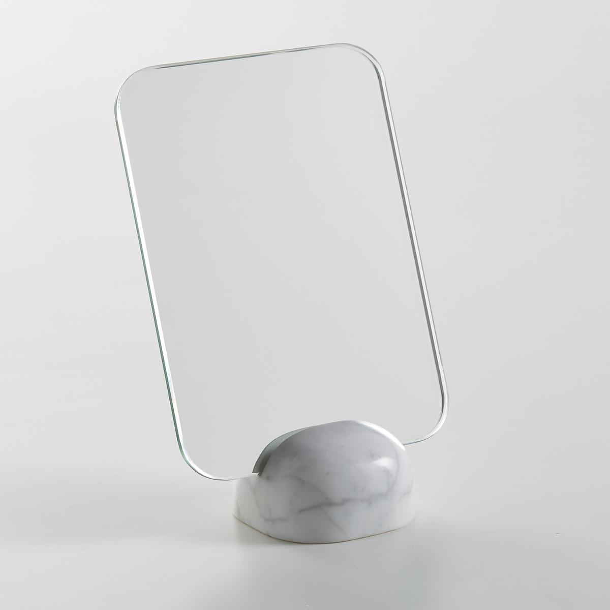 Зеркало на мраморном основании, В.20 см, BarbieriЗеркало Barbieri. Элегантное строгое зеркало будет отлично смотреться на комоде или туалетном столике. Прямоугольное зеркало на мраморном основании. Размеры  : Ш.15 x В.20 x Г.7 см.<br><br>Цвет: белый мрамор