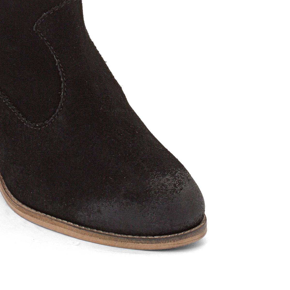 Ботинки кожаные Bake TosselПодкладка : Синтетический материал Стелька : Велюр из телячьей кожи Подошва : Каучук. Высота каблука : 4 см Высота голенища : 12 см Форма каблука : Широкий Мысок : Закругленный Застежка : На молнию<br><br>Цвет: черный<br>Размер: 39.37