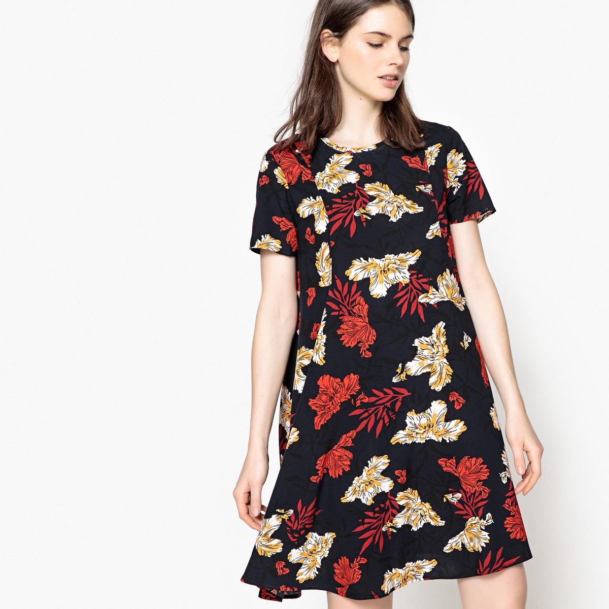 Платье-трапеция с цветочным рисунком