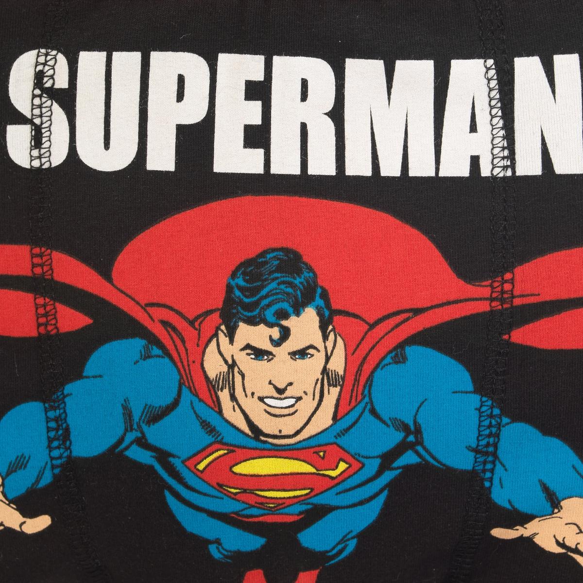 Трусы-боксеры SupermanТрусы-боксеры DC COMICS Superman . Рисунок и надпись спереди Superman Airlines. Контрастный пояс.Состав и описание: :Материал : 95% хлопка, 5% эластанаМарка : DC COMICS<br><br>Цвет: черный/ красный