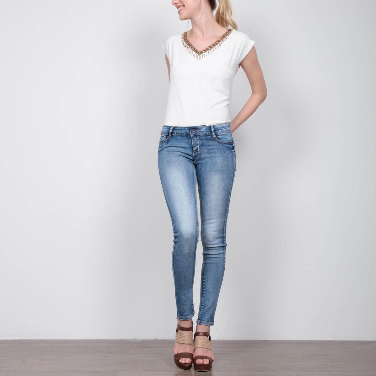 Джинсы скинни, длина 32Материал : 4% вискозы, 72% хлопка, 2% эластана, 22% полиэстера  Высота пояса : стандартная Покрой джинсов : скинни Длина джинсов : длина 32<br><br>Цвет: синий потертый<br>Размер: 38 (FR) - 44 (RUS).42 (FR) - 48 (RUS)