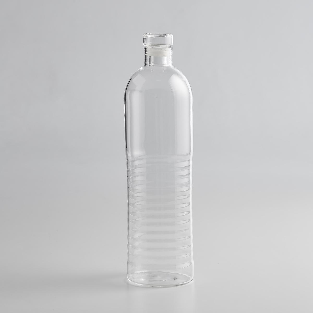 Бутыль/ графин стеклянныйБутыль/графин стеклянный: бутыль с обычной водой изящной формы. Её современный вид придаст цену содержимому.Характеристики бутыли/графина стеклянного:- Из прозрачного стекла.- объём 1 л.- Диаметр 8 x высота 30 см.<br><br>Цвет: прозрачный