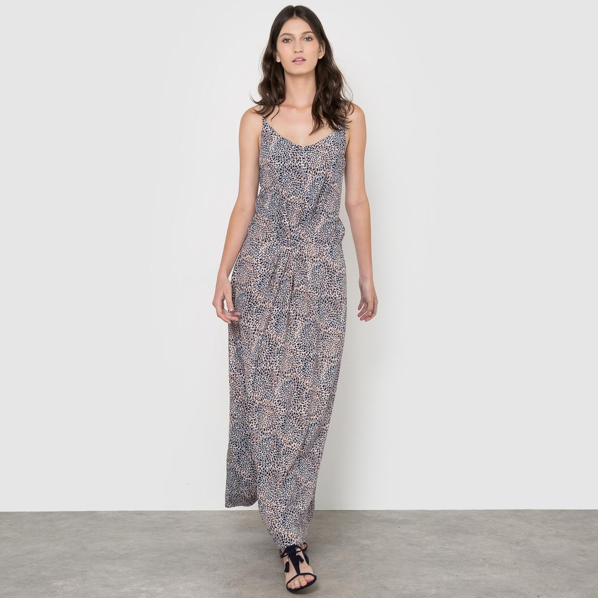 Платье длинное на тонких бретелях с рисунком