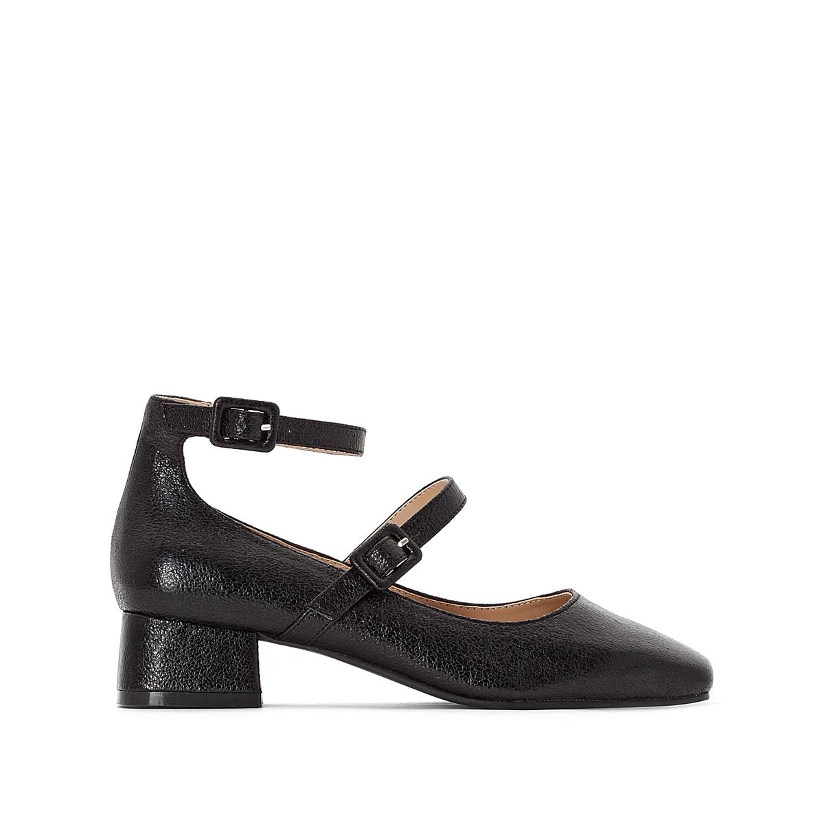 Sapatos com efeito irisado